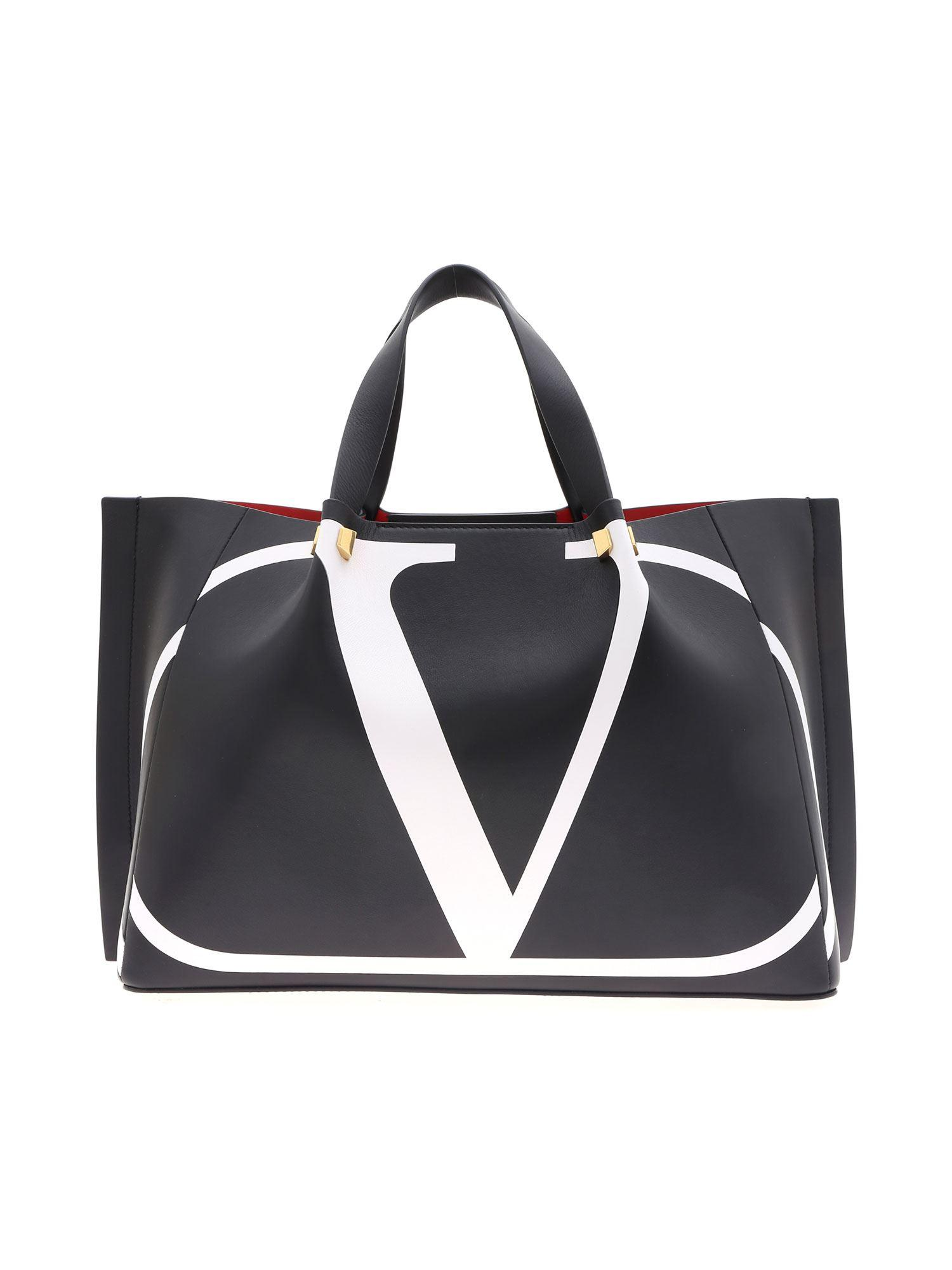 e94532ec645 Valentino Go Logo Escape Medium Handbag In Black in Black - Lyst