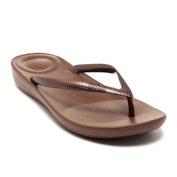 587adfdd4 Lyst - Fitflop Iqushion Ergonomic Flip Flops in Brown