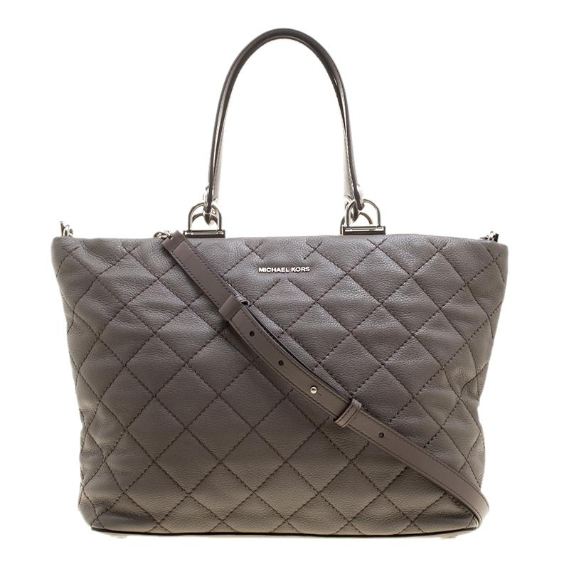 b271944fb7705e Lyst - Michael Kors Quilted Leather Large Loni Zip Tote in Gray