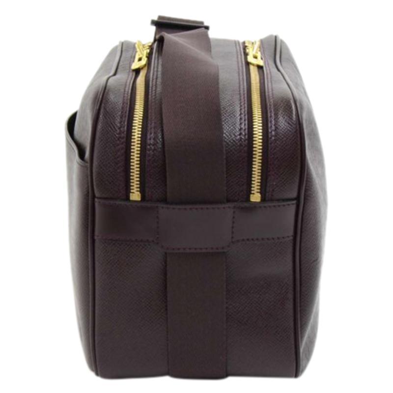 c1c3d5c4295 Louis Vuitton - Black Burgundy Taiga Leather Reporter Pm Bag for Men -  Lyst. View fullscreen