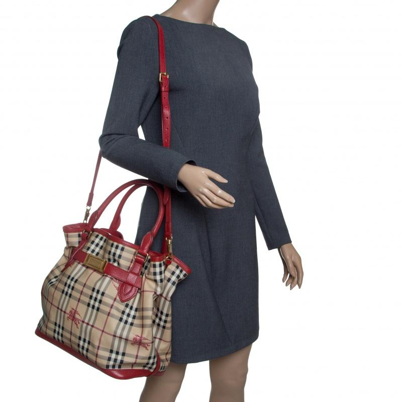 11baed463fff Burberry - Natural Beige red Haymarket Check Pvc And Leather Medium  Golderton Tote - Lyst. View fullscreen