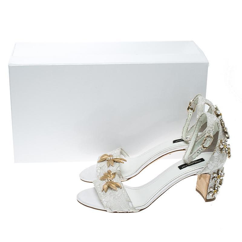 f5b34d312d6 Lyst - Dolce   Gabbana Off Lace Daisy Crystal Embellished Block Heel ...