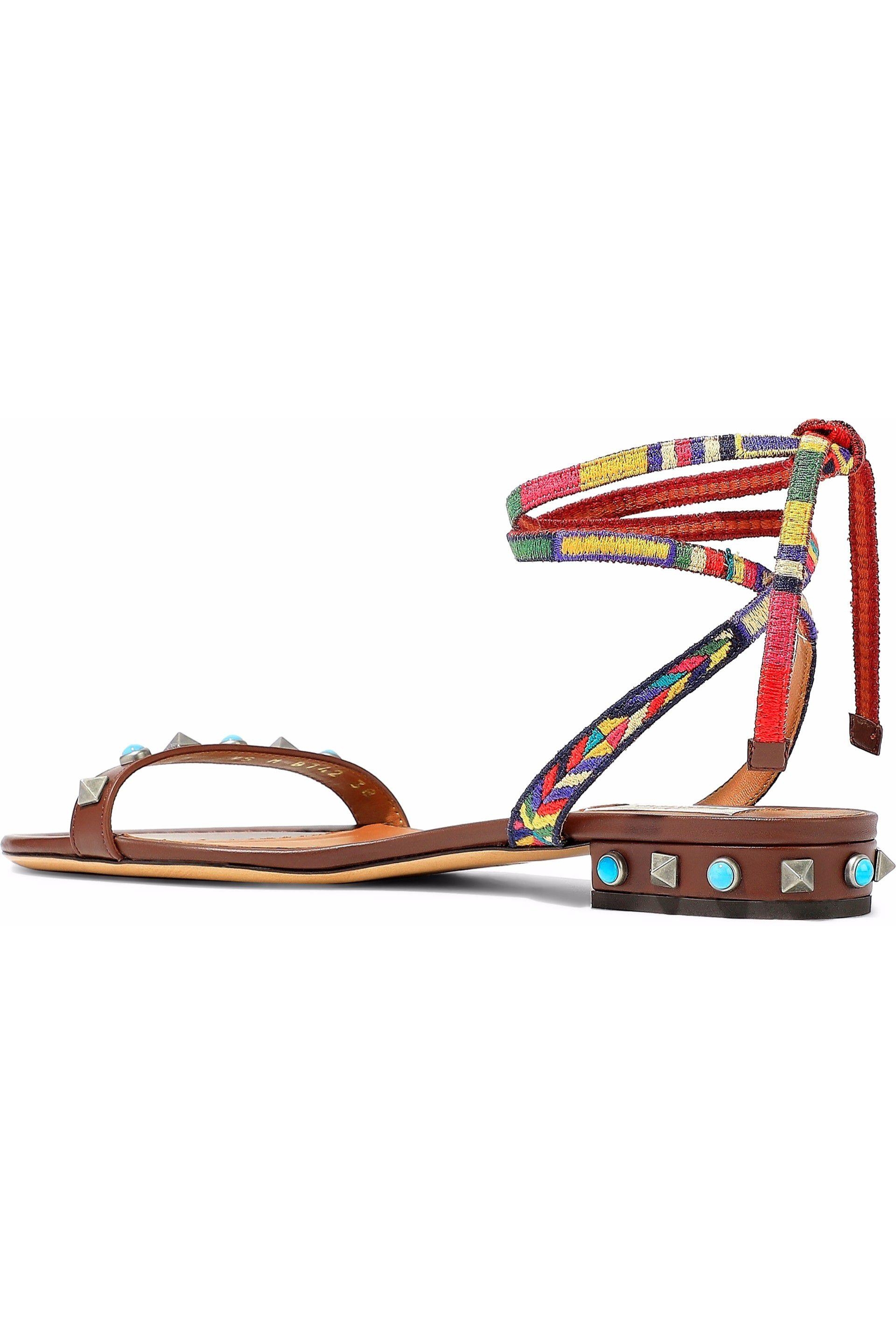 567b00784e6e Valentino - Brown Woman Rockstud Rolling Woven And Leather Sandals  Chocolate - Lyst. View fullscreen