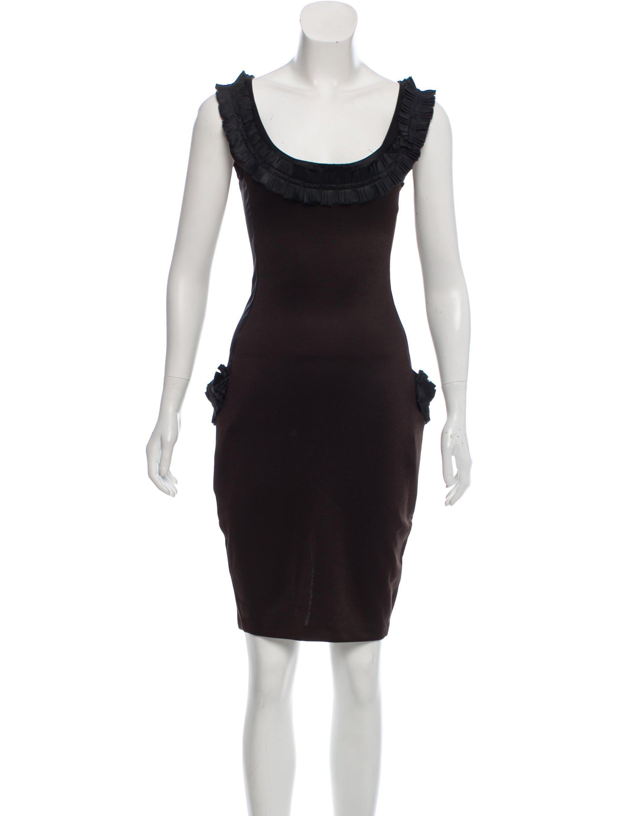 Blumarine Sleeveless Knee-Length Dress Clearance High Quality ZNonV