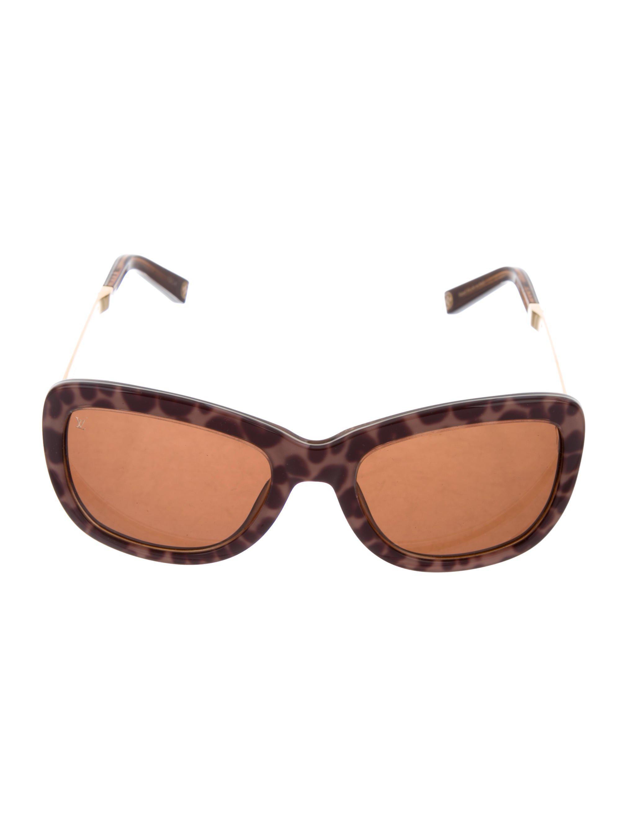 2c1e986f3a94 Lyst - Louis Vuitton Petit Soupcon Carre Sunglasses Brown in Natural