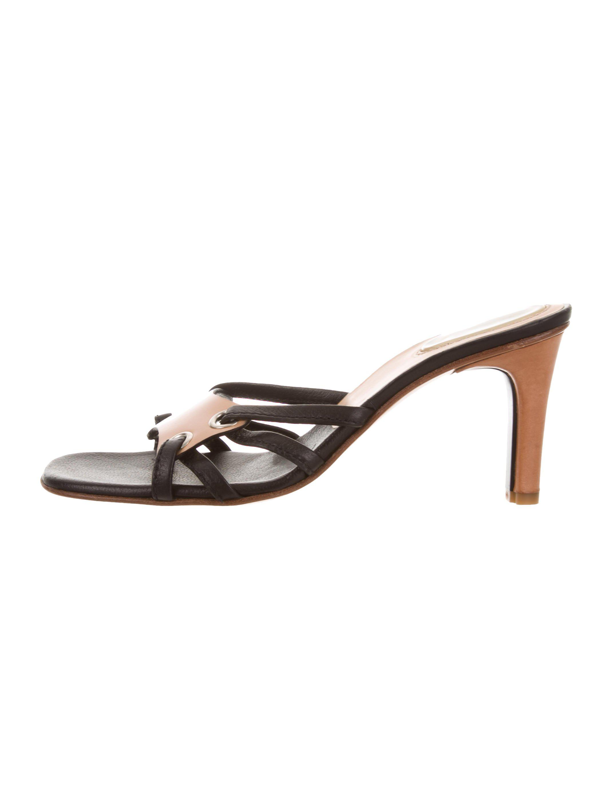 wiki for sale Casadei Leather Slide Sandals low shipping fee sale online cheap sale best seller clearance new arrival VUlWilyZR3