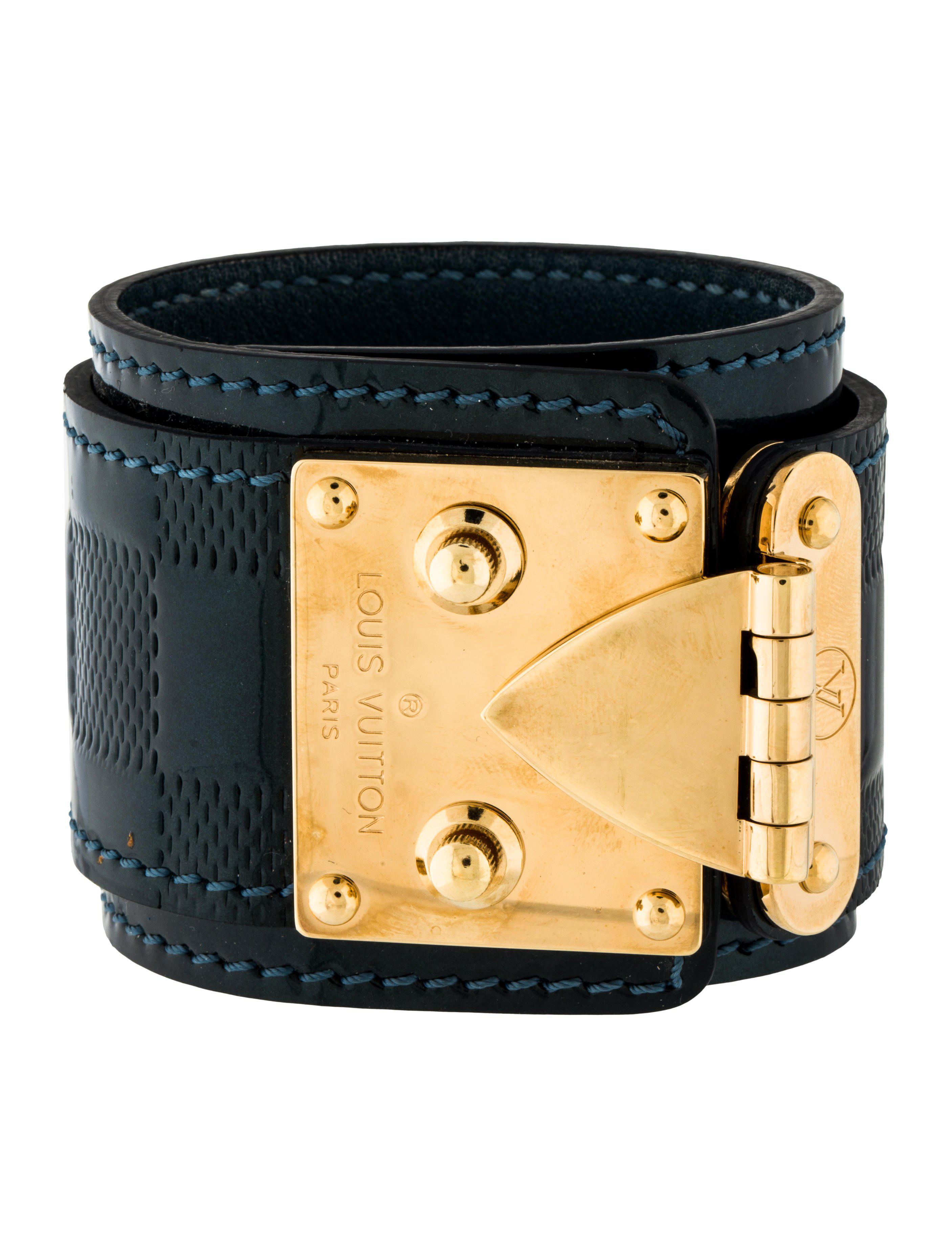 Lyst Louis Vuitton Suhali Wrap Bracelet Green In Metallic