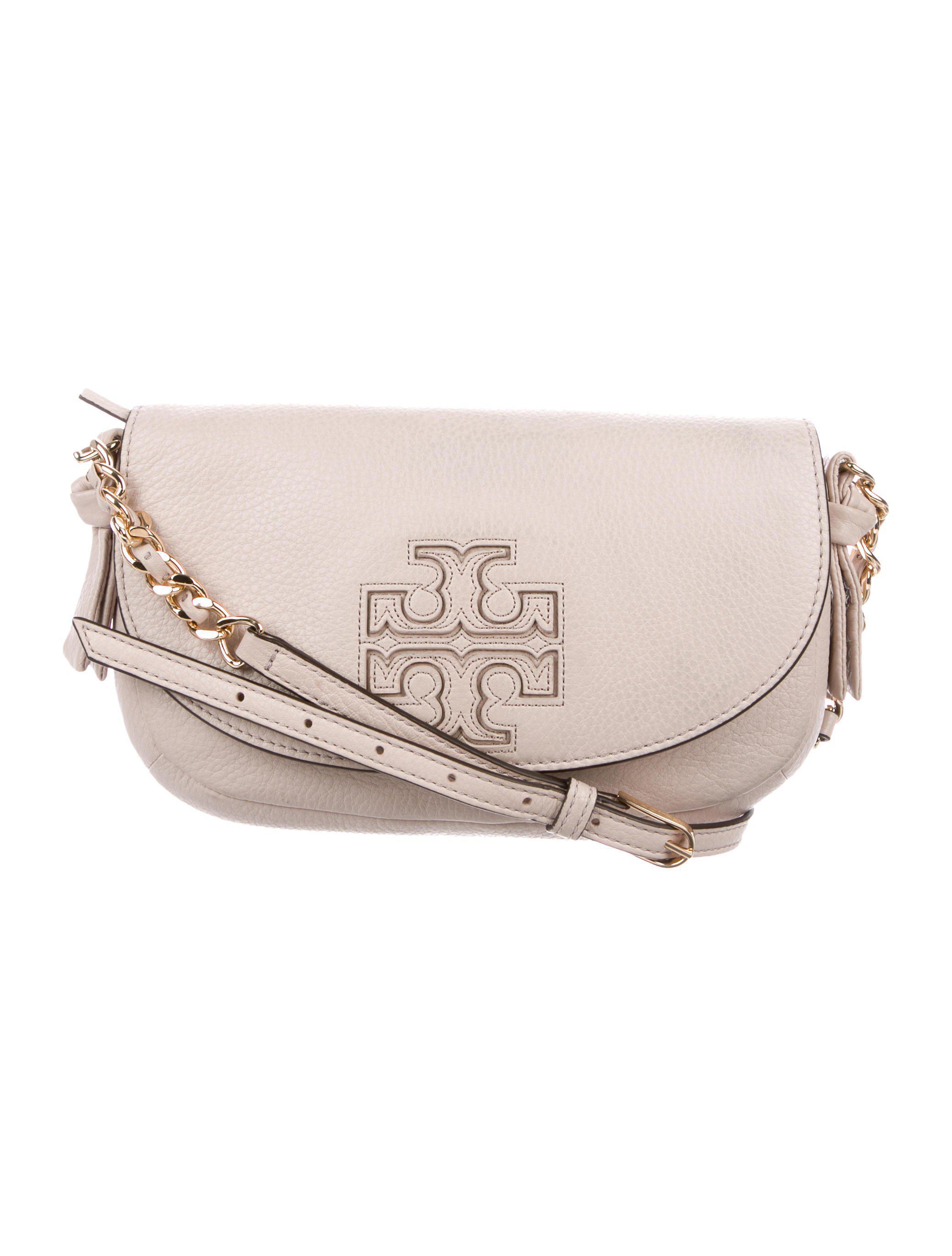 f7b3a3ddcea Lyst - Tory Burch Leather Logo Crossbody Bag Beige in Metallic