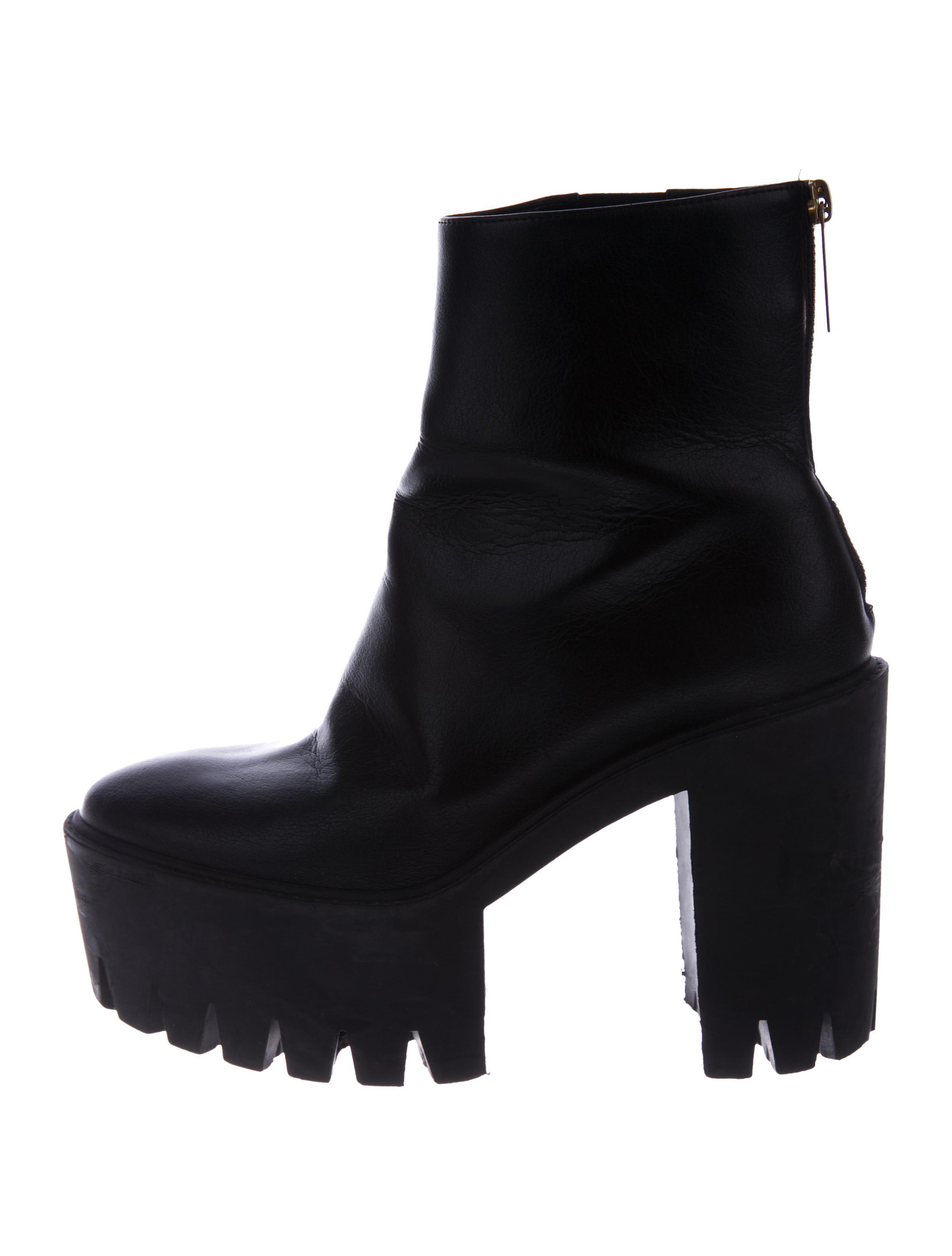 815d08d62c5 Lyst - Stella Mccartney Vegan Leather Platform Booties in Black
