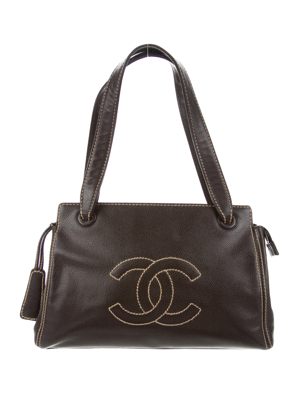 e55d5e89db04 Lyst - Chanel Surpique Cc Shoulder Bag Gold in Metallic