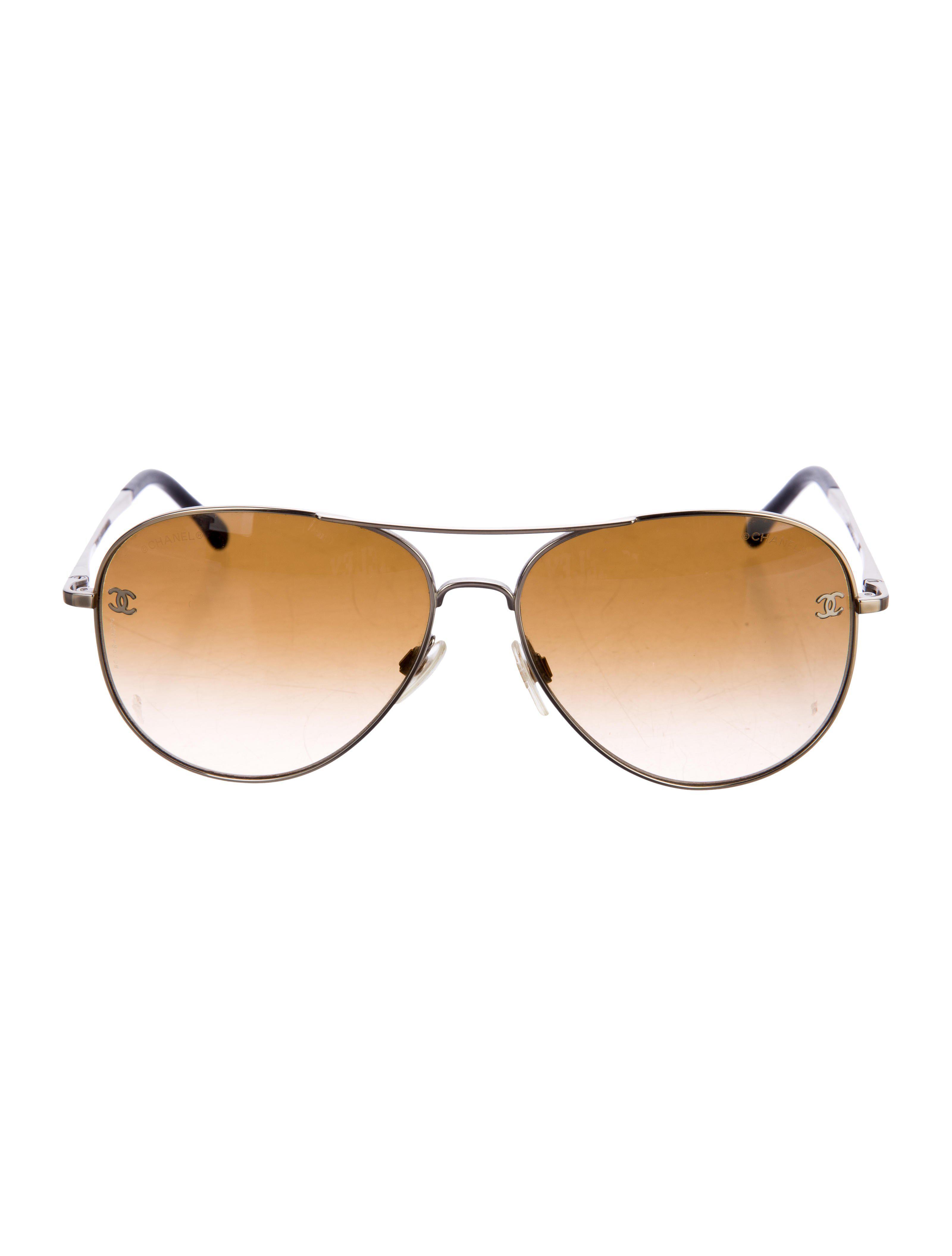 9200df1cf69 Lyst - Chanel Cc Pilot Sunglasses Gold in Metallic
