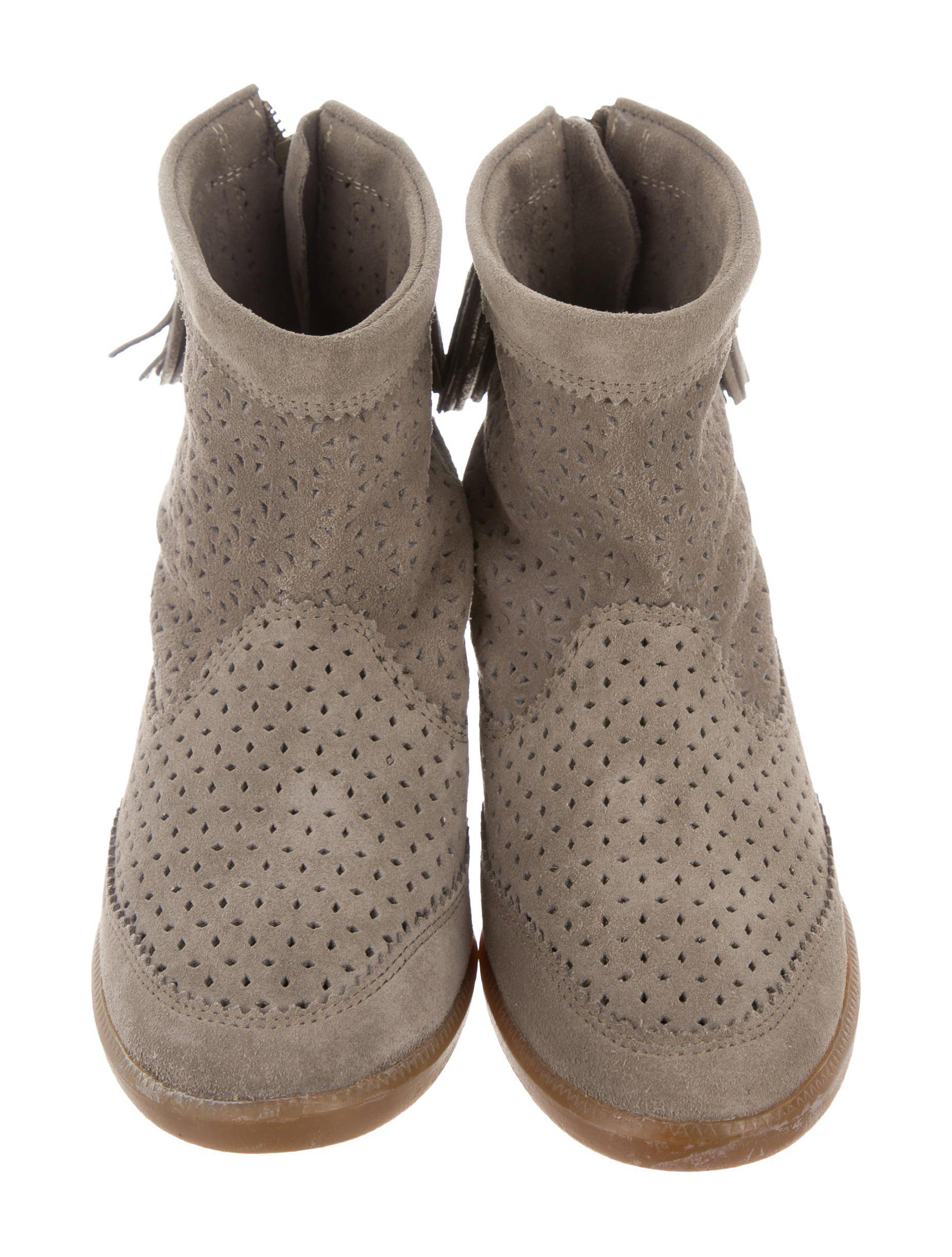 29b23ae55351 Lyst - Isabel Marant Beslay Perforated Booties in Gray