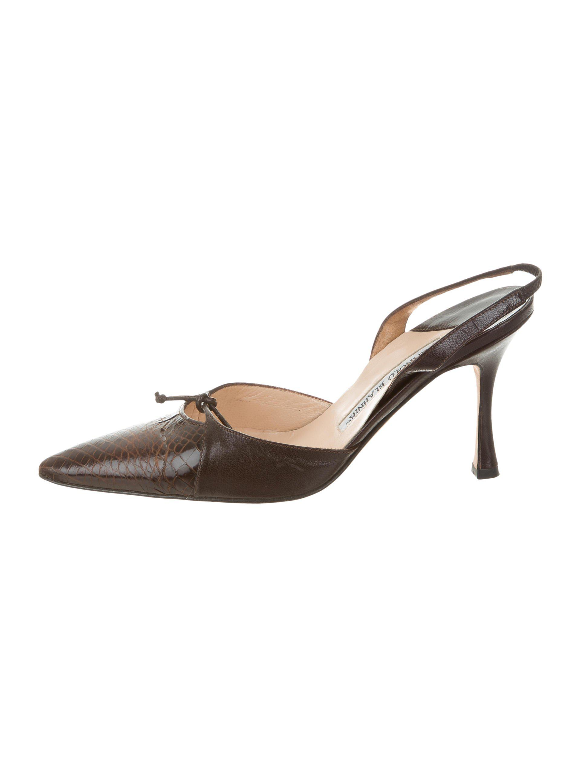 cheap explore Manolo Blahnik Crocodile-Trimmed Suede Pumps outlet sast buy cheap footlocker pictures buy cheap discount get to buy cheap price EZgl7Ax