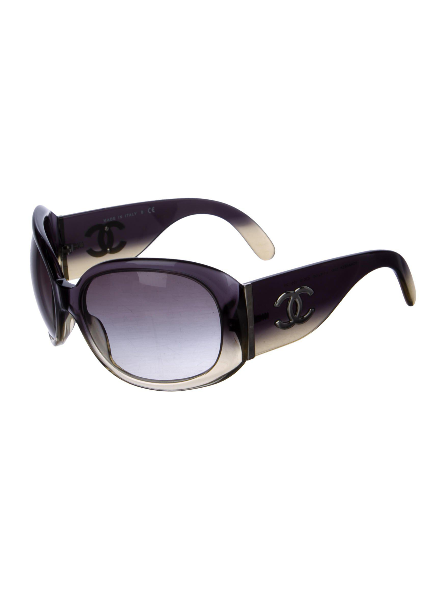 07cad692737 Lyst - Chanel Ombré Cc Sunglasses Black in Metallic