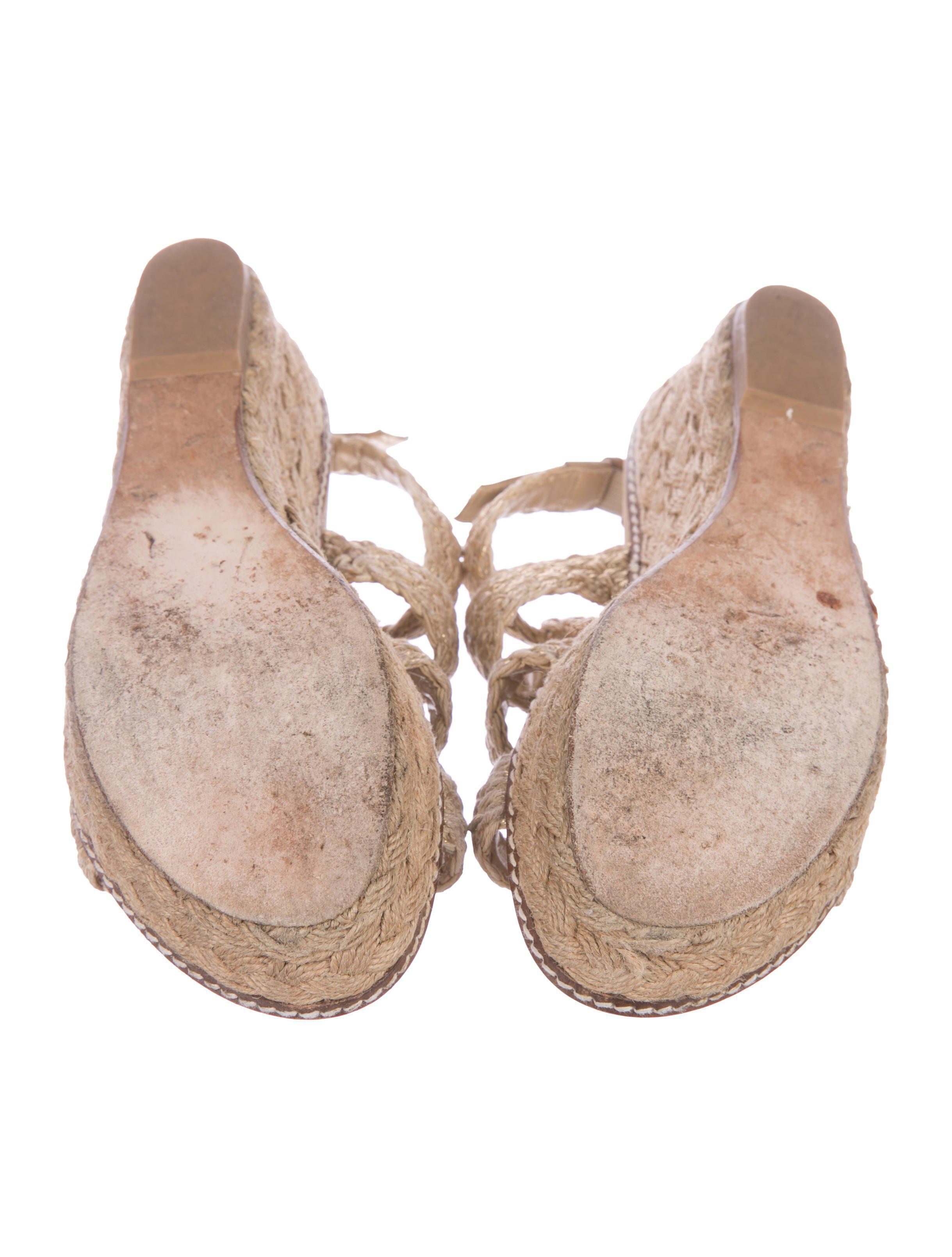 b40d828d1 Lyst - Stuart Weitzman Woven Wedge Sandals Gold in Metallic