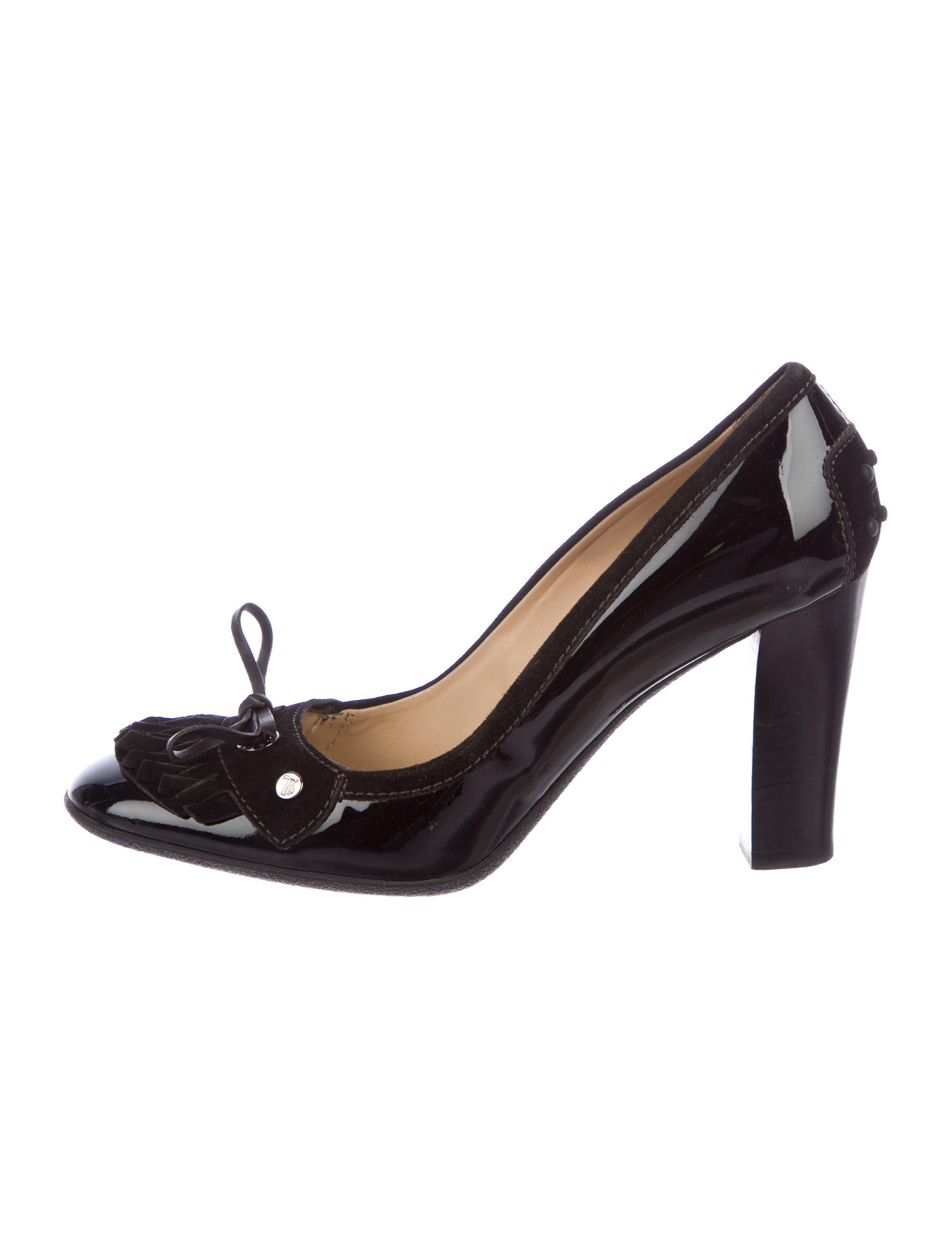 Tod's Embellished Patent Leather Pumps shopping online original cheap sale the cheapest discount low price best prices cheap online OqEHJh1uF