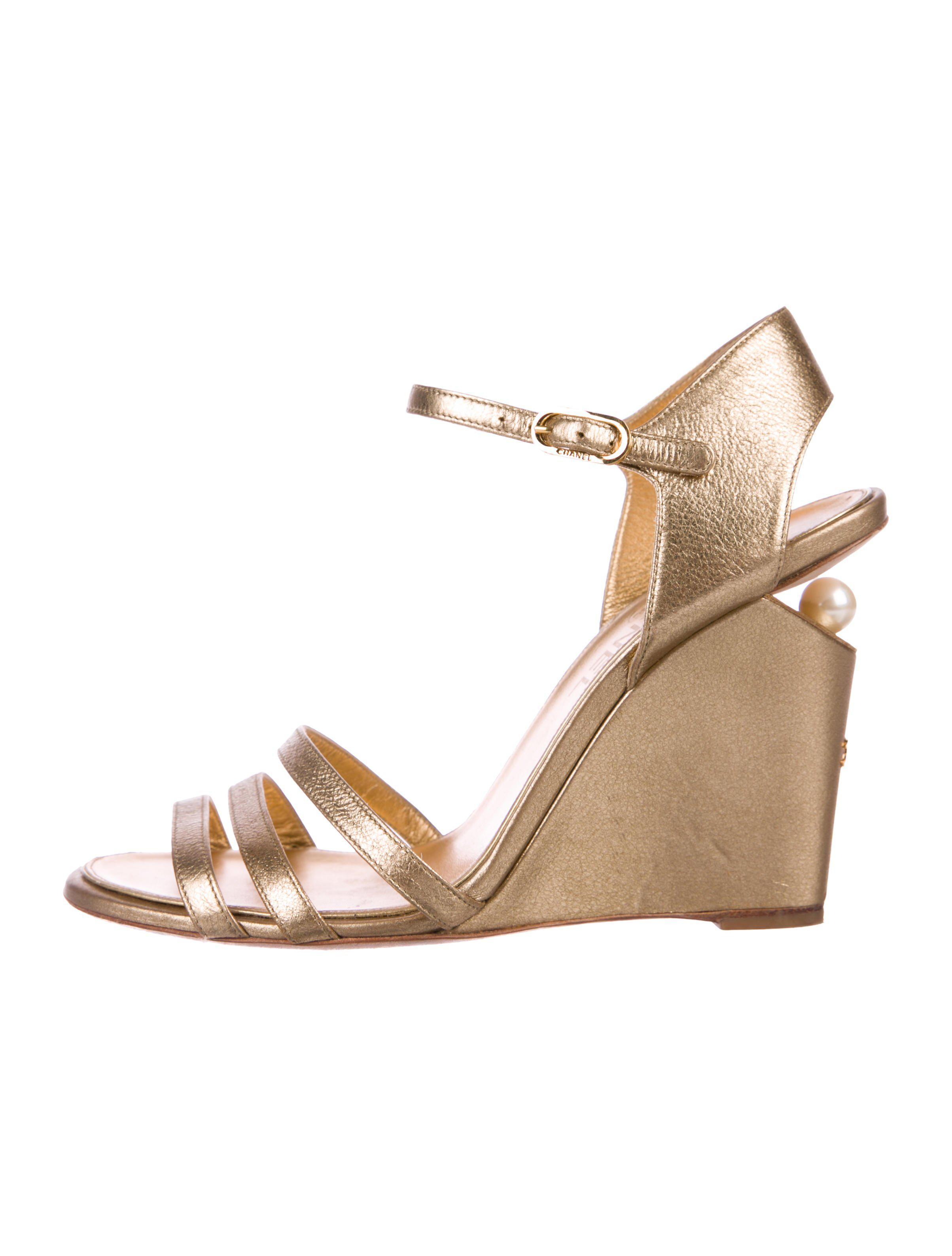 44ca74cb7ce Lyst - Chanel Embellished Wedge Sandals Gold in Metallic