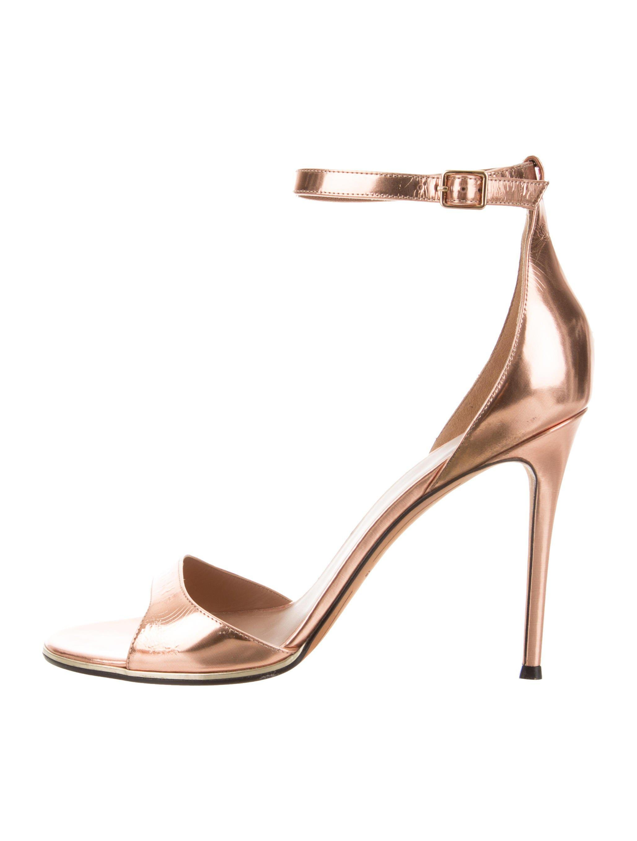 f04309703913 Lyst - Givenchy Ankle Strap Sandals Rose in Metallic