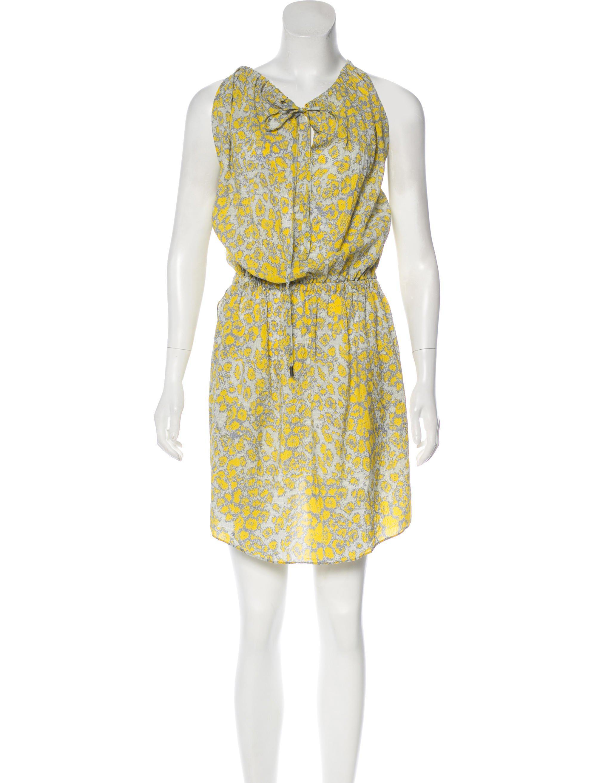10 Knee Length Grey Dress