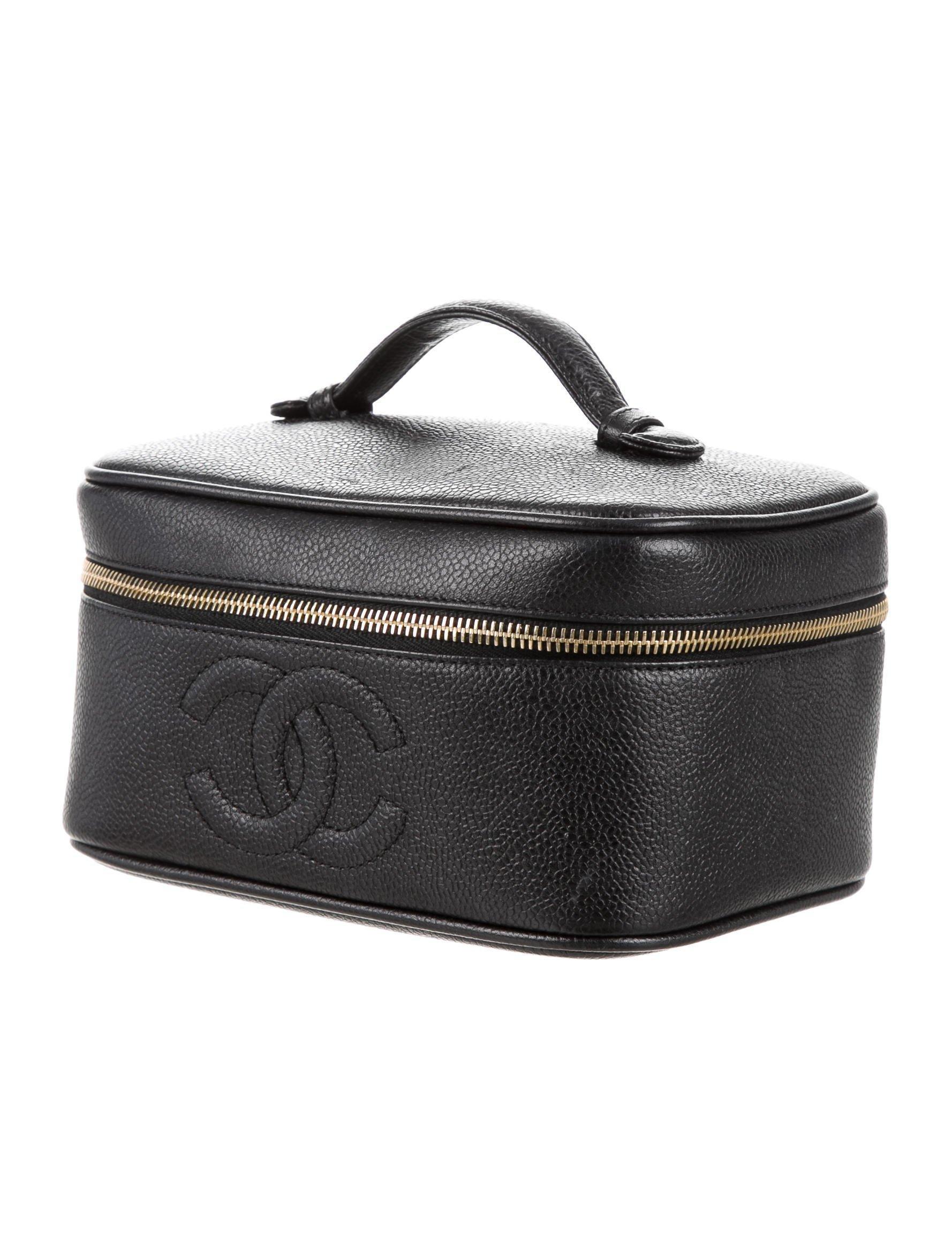 1948a40d7464 Lyst - Chanel Caviar Vanity Case Black in Metallic