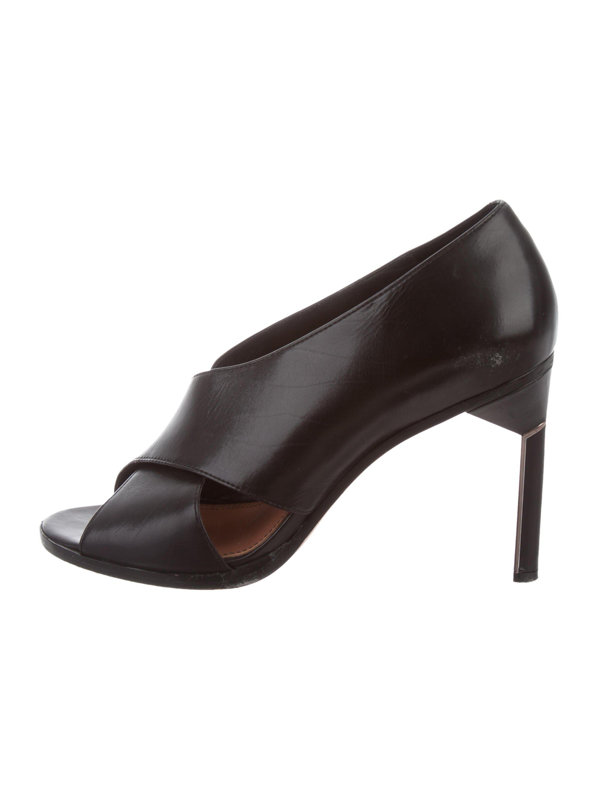 discount low cost buy cheap with credit card Derek Lam Suede Pointed-Toe Booties 2014 new cheap price wiki online footaction online ItpSOue2