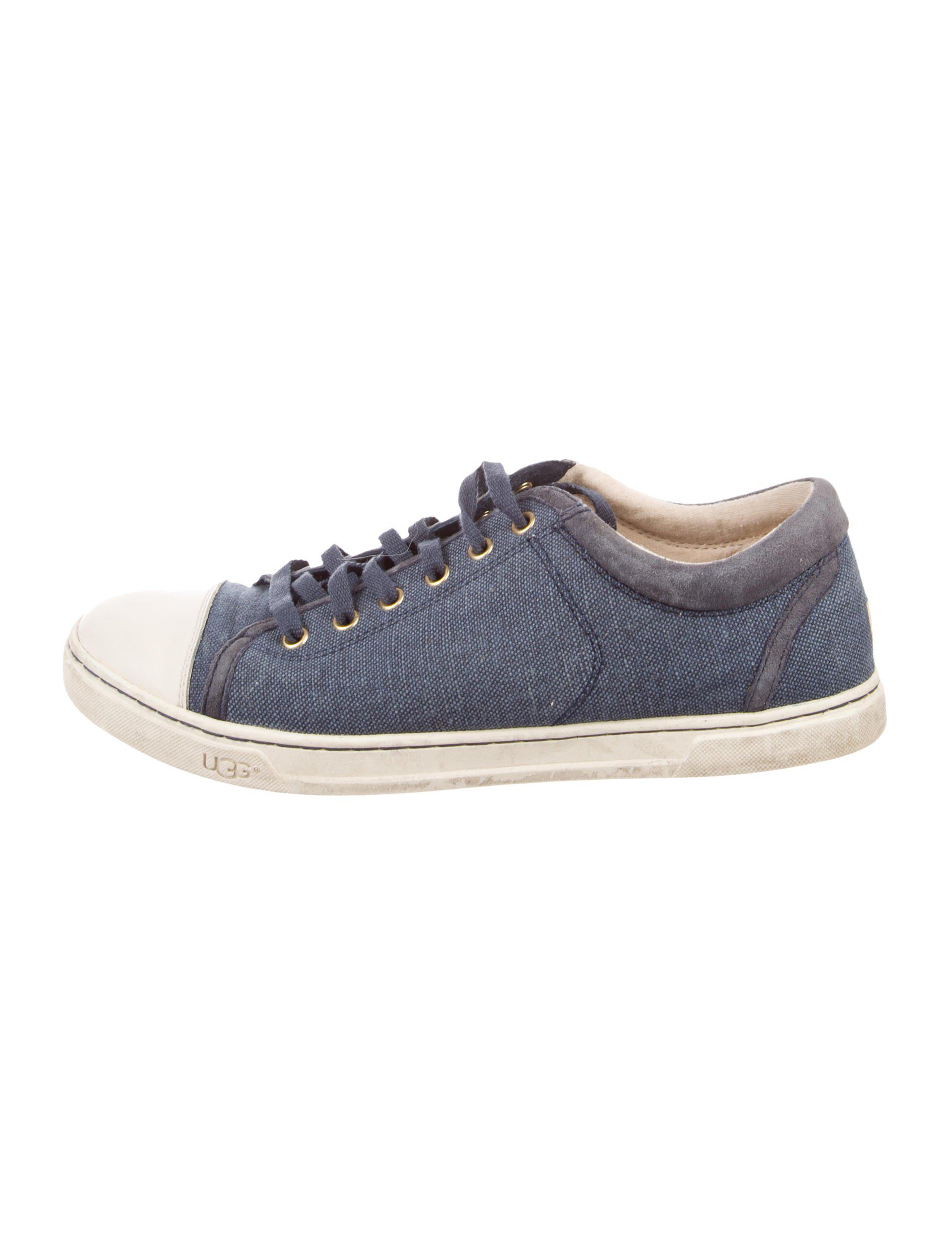 UGG. Women's Gray Cap-toe Low-top Sneakers Blue