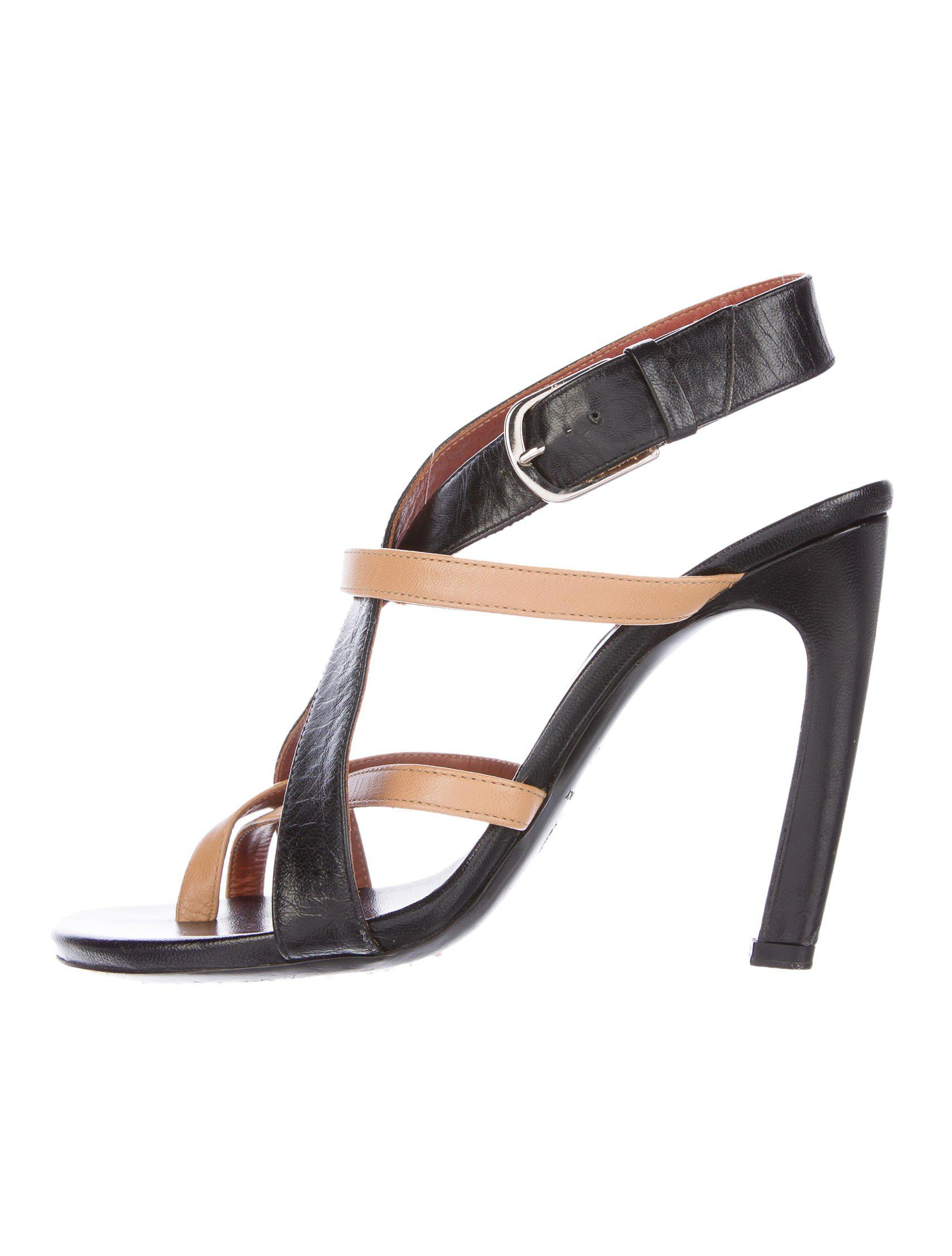 d0ce6a11c2 Lyst - Dries Van Noten Leather Crossover Sandals Black in Metallic