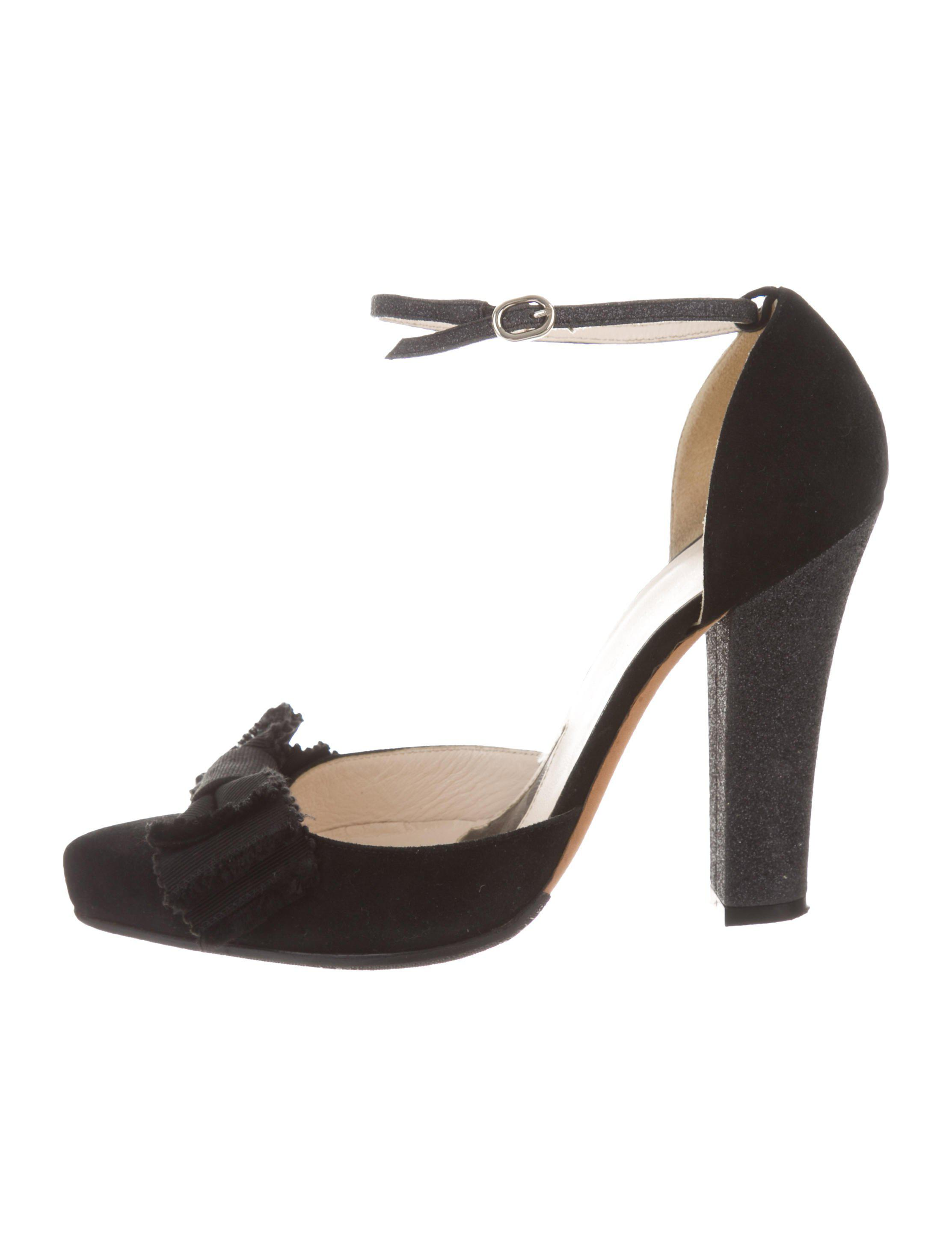 Alessandro Dell'Acqua Bow-Accented Pointed-Toe Pumps countdown package online cheap prices cheap 100% original VUTn5KogZT
