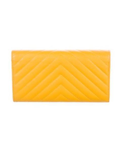 81fa388f5413 Chanel - Metallic 2017 Chevron Continental Wallet W/ Tags Yellow - Lyst.  View fullscreen