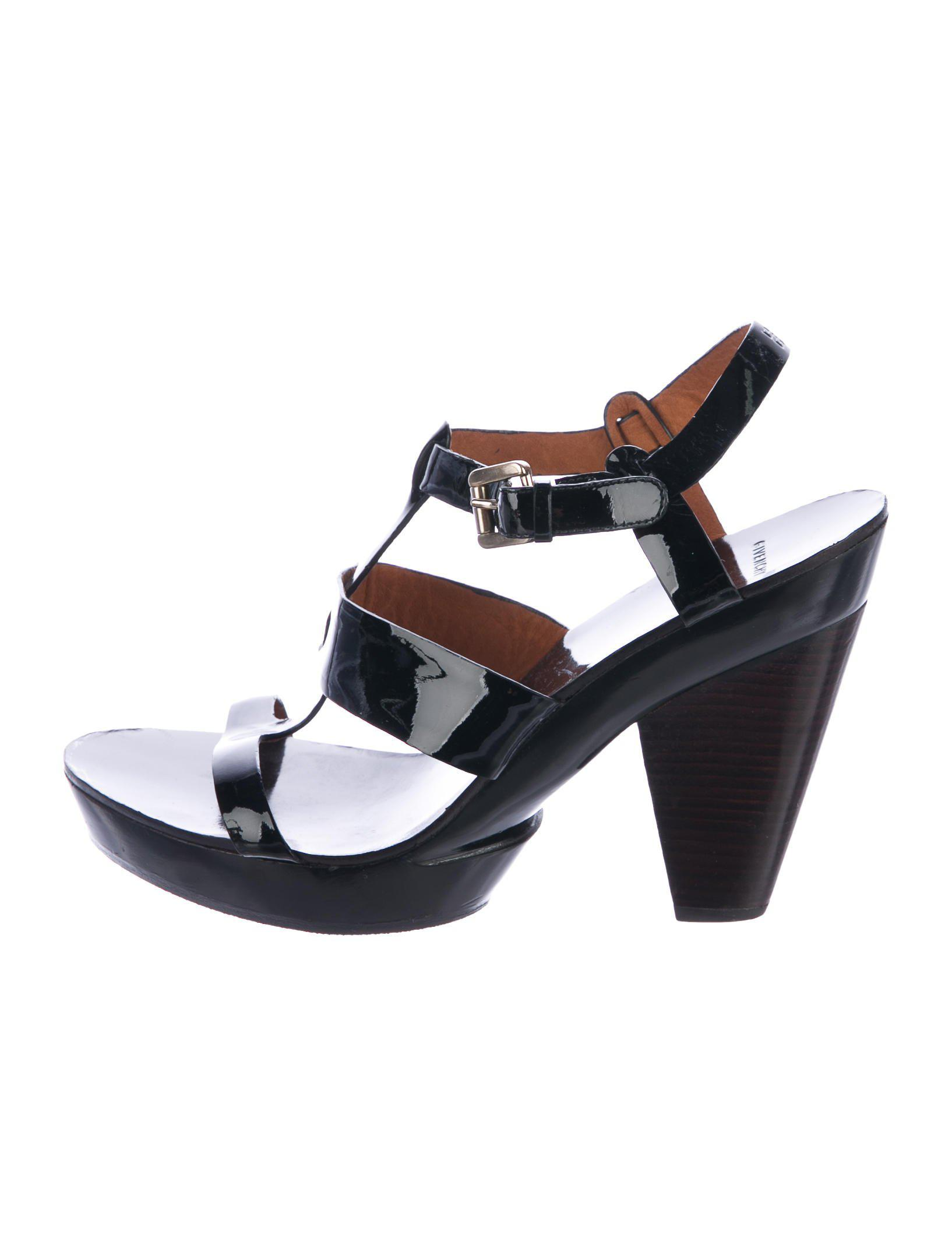 Givenchy Platform Patent Leather Sandals free shipping footlocker pictures good selling for sale extremely for sale z4NhIJ51