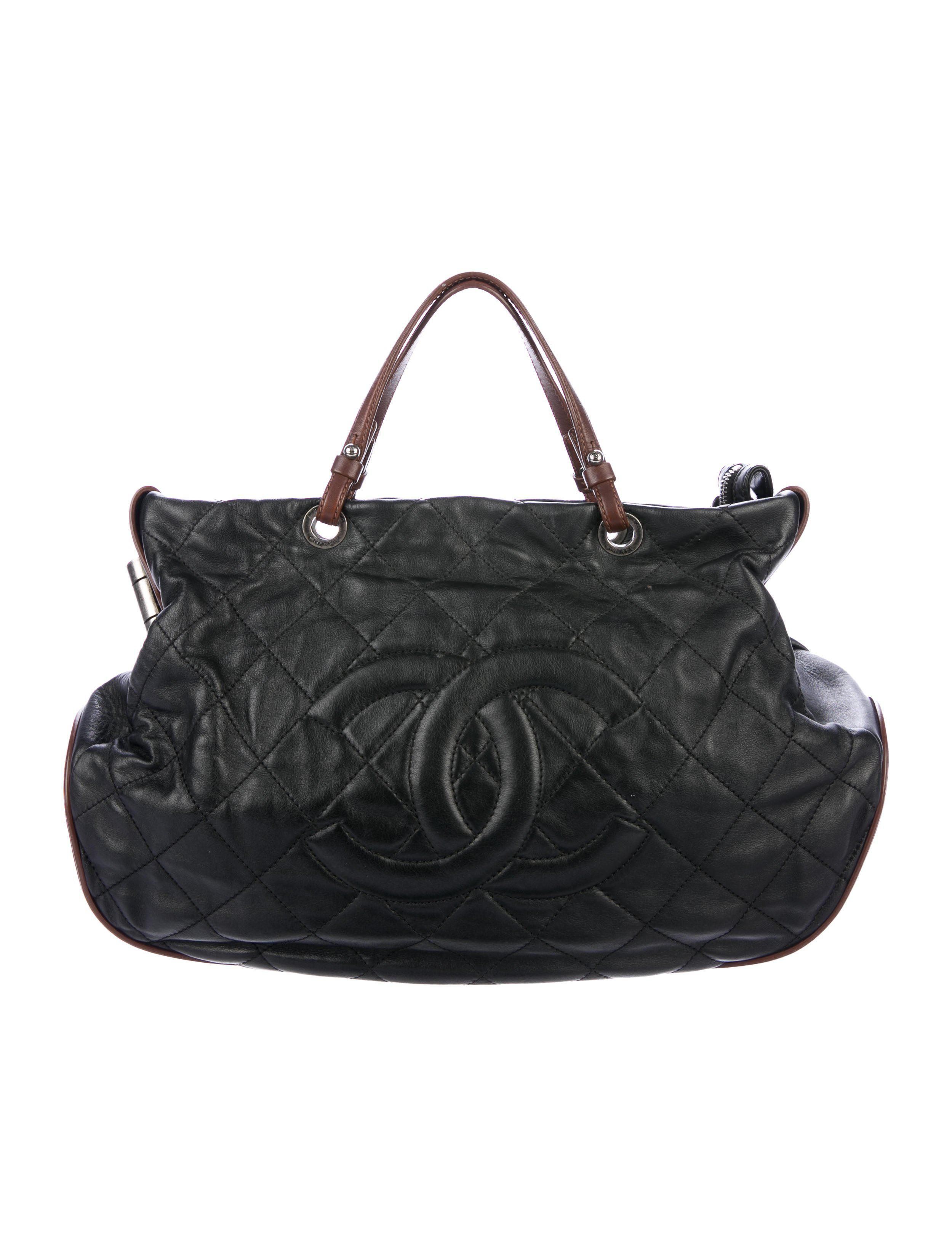 c4519d0bba13 Lyst - Chanel Quilted Country Chic Tote Black in Metallic