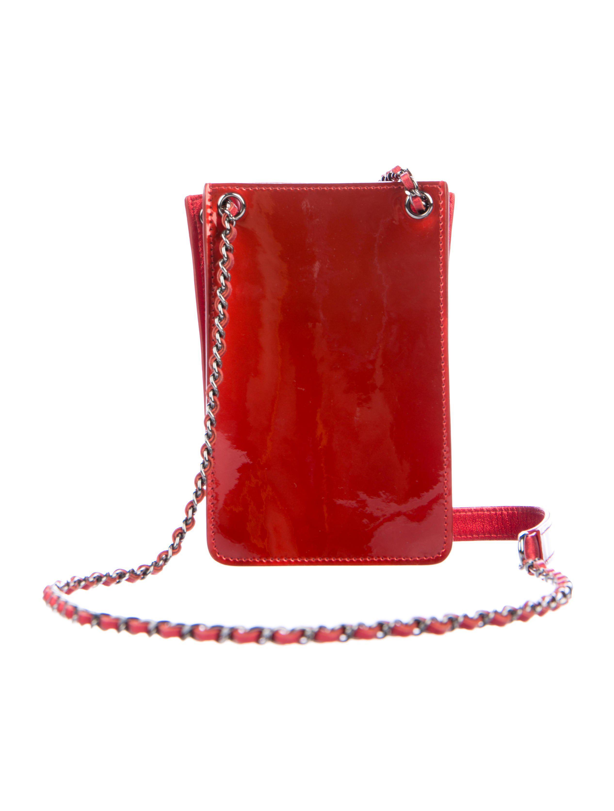 48a0f7146ef6 Lyst - Chanel Cc Crossbody Phone Holder in Red