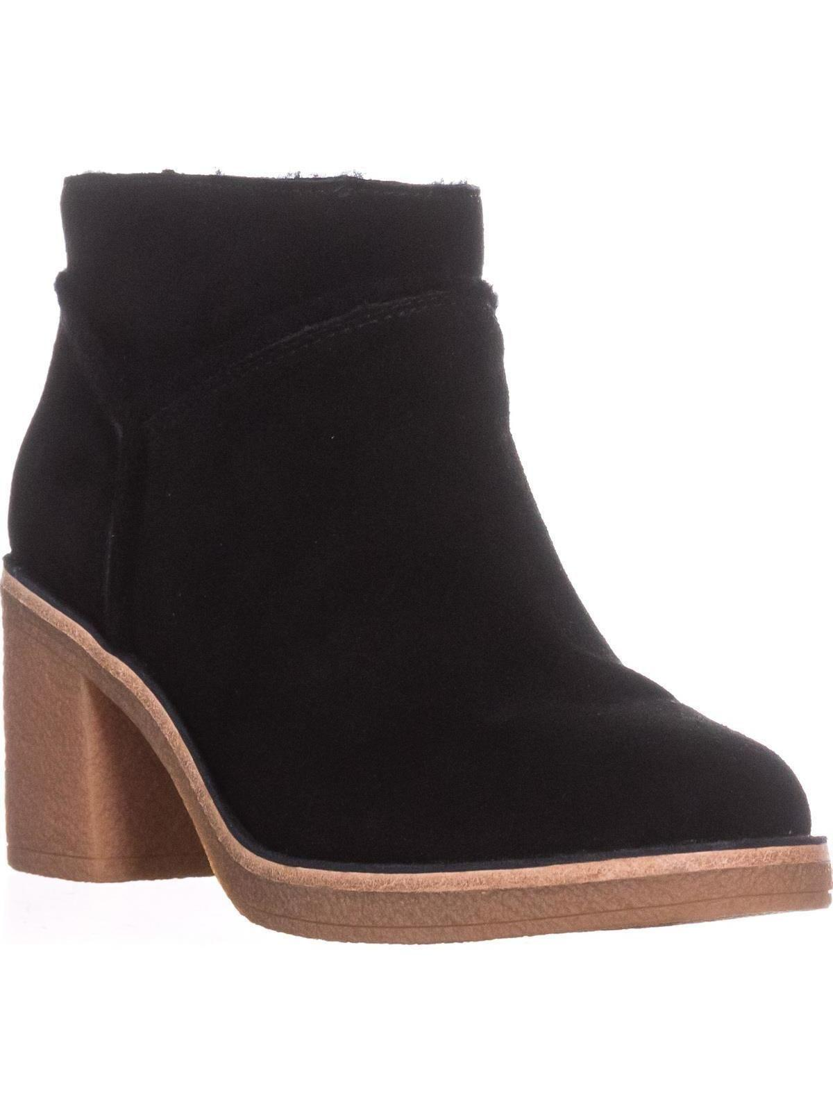 5f8ce0e5917 Lyst - UGG UGG Kasen Pull On Winter Boots in Black