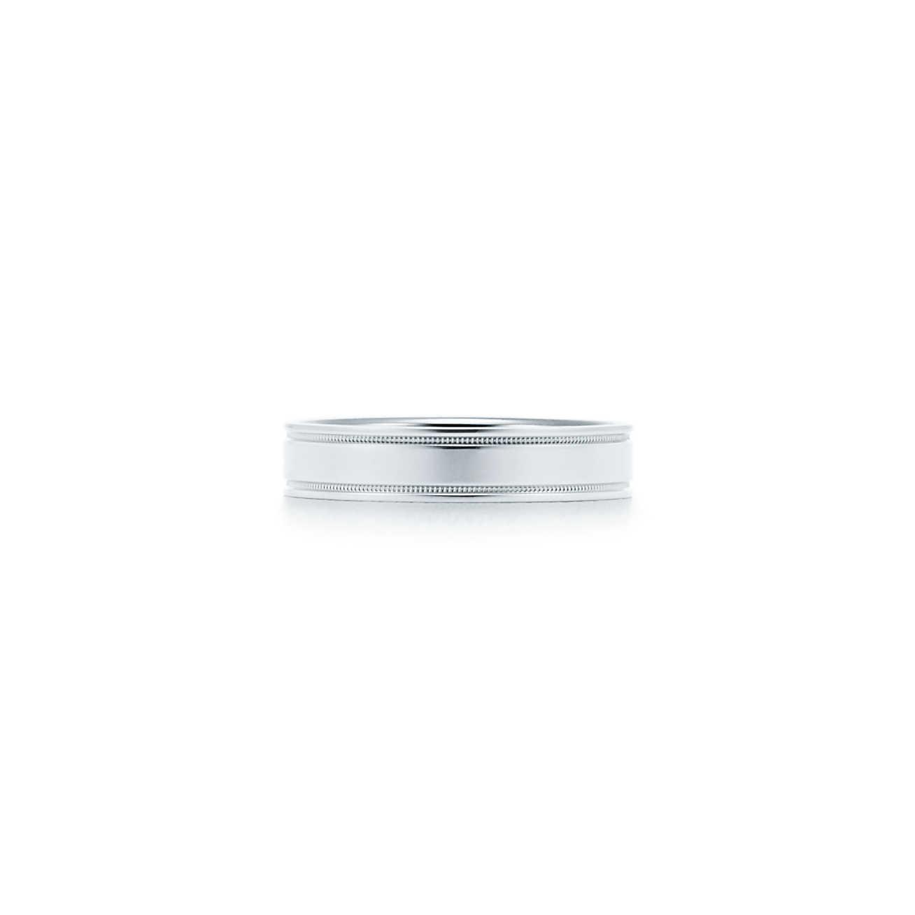 Lucida band ring in platinum with Tiffany & Co engraving, 3mm wide - Size 9 1/2 Tiffany & Co.
