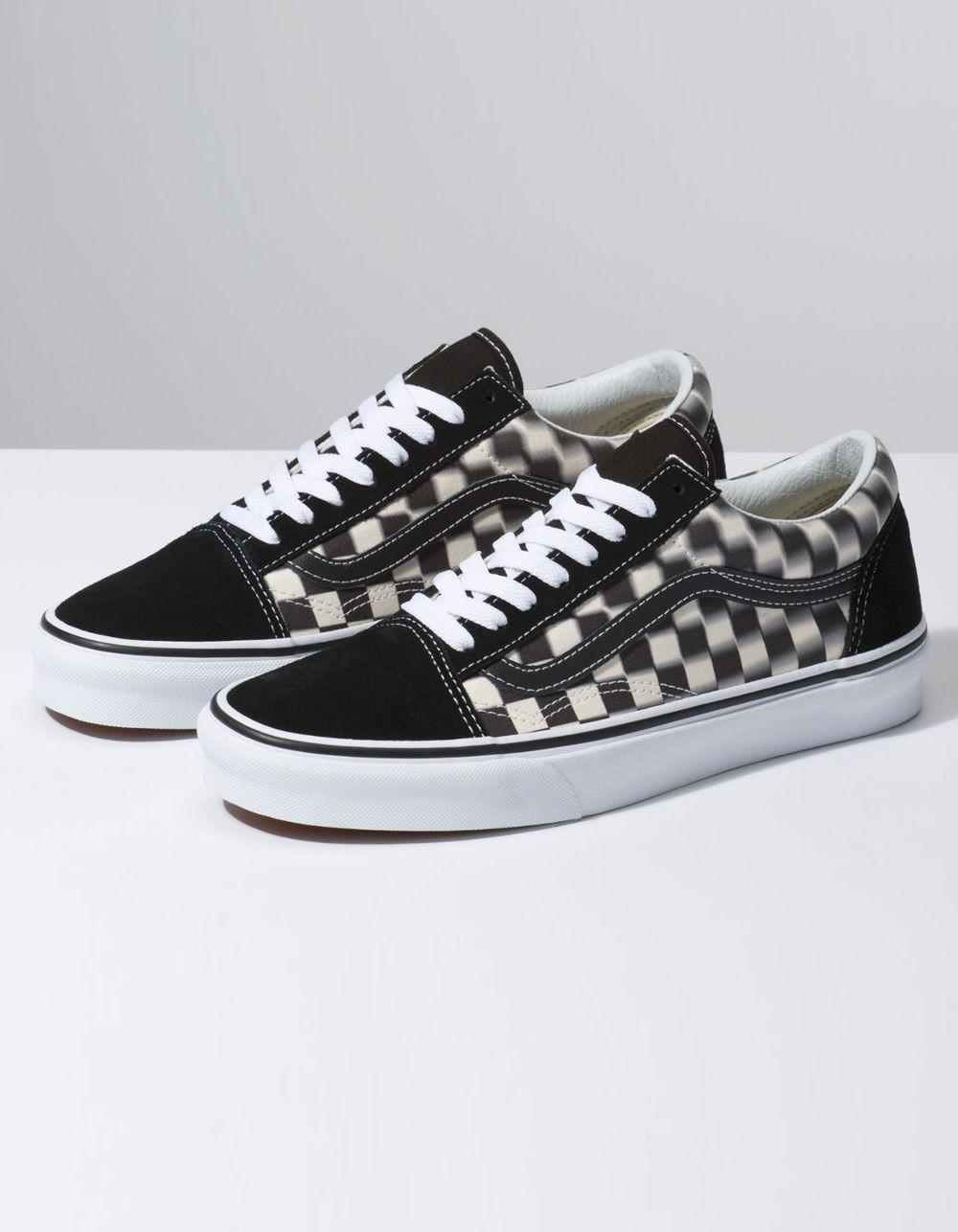 38cde172267 Lyst - Vans Blur Check Old Skool Black   Classic White Shoes in Black
