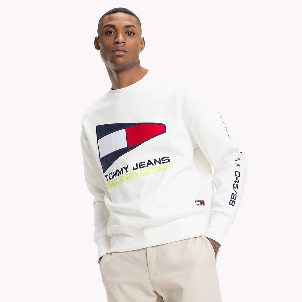 18e9158c6e7c3d Tommy Hilfiger 90s Sailing Logo Sweatshirt in White for Men - Lyst