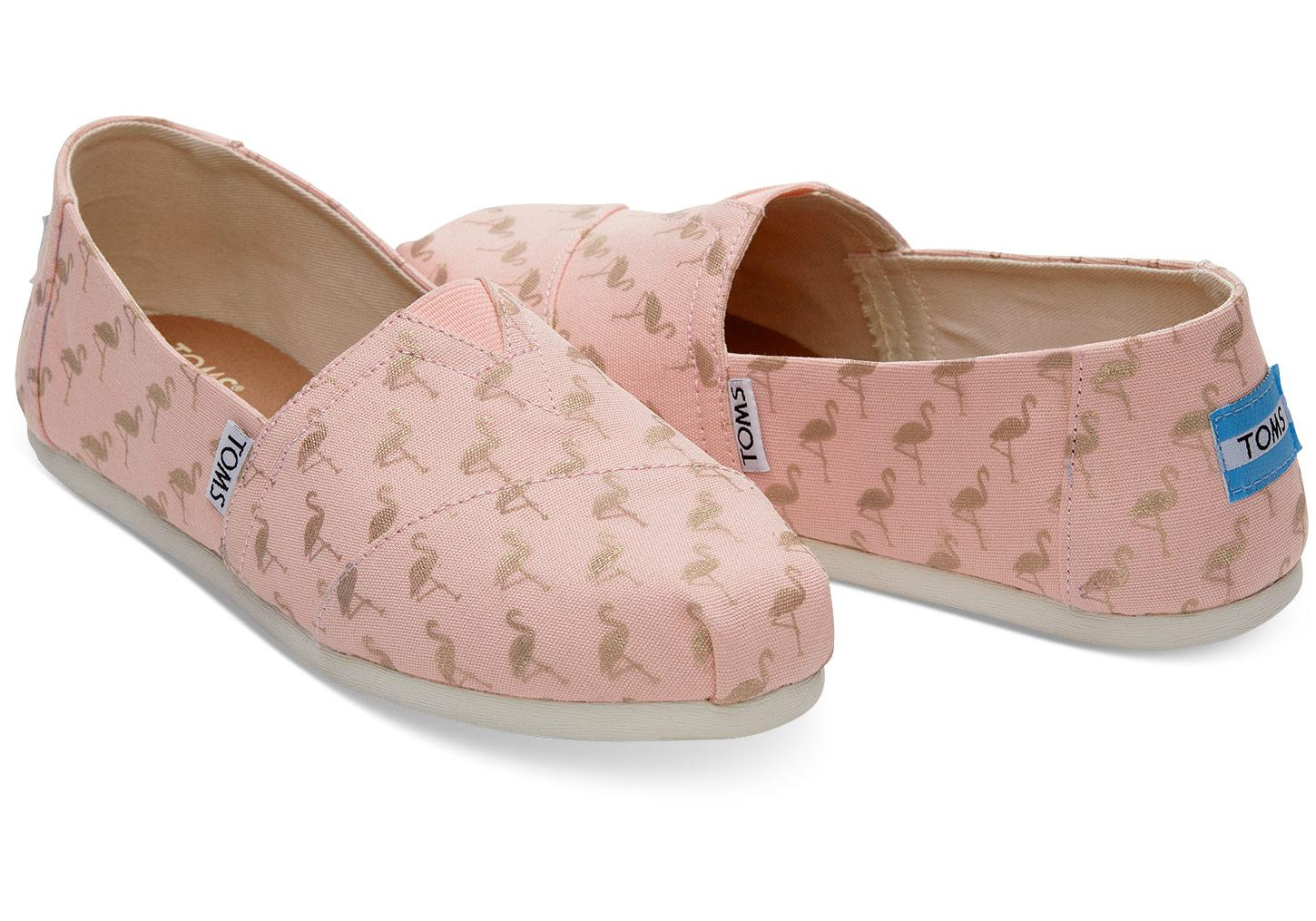 4878dff345b Lyst - TOMS Flamingos Women s Classics in Pink