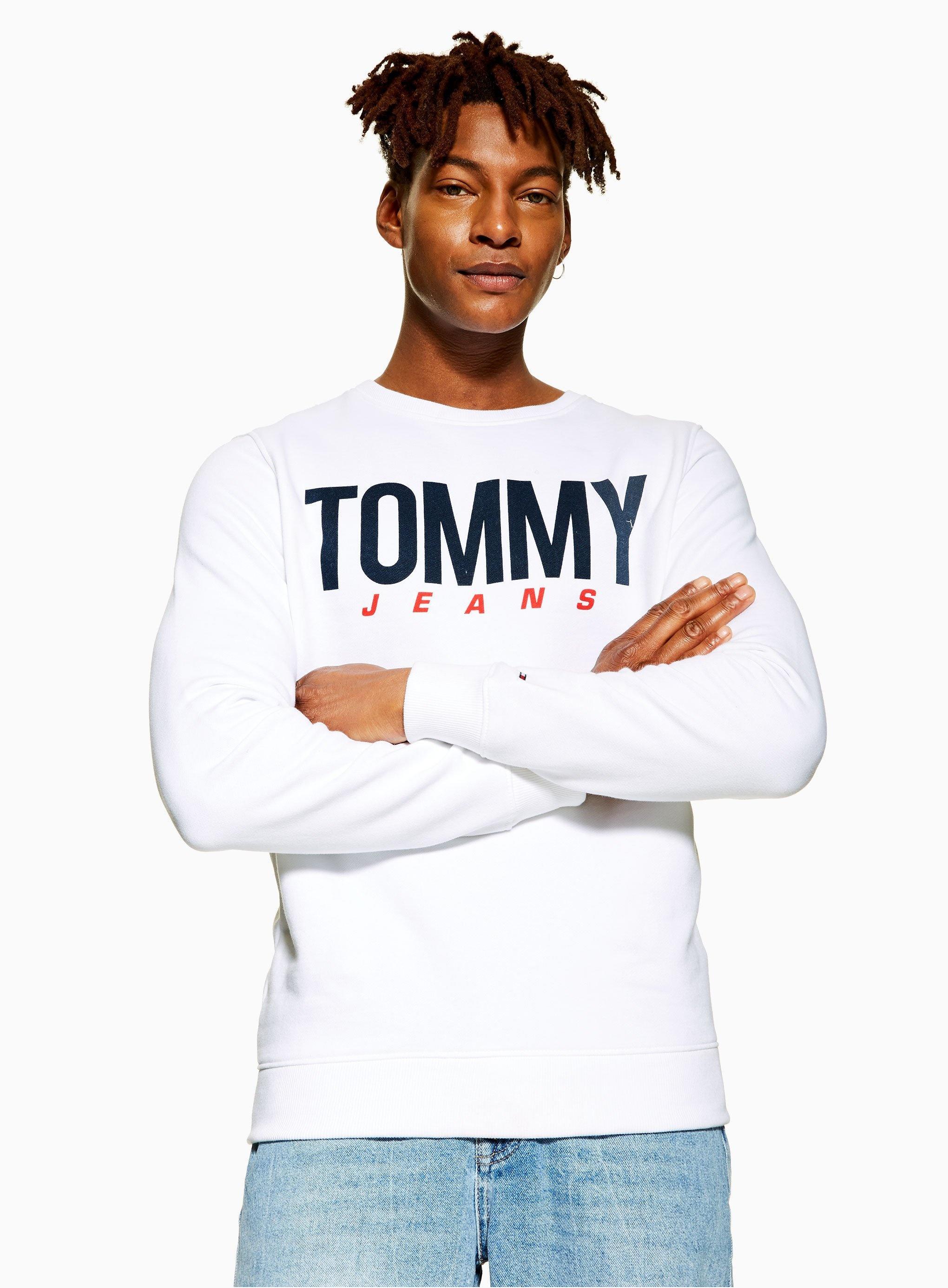 e8578c2dd Tommy Hilfiger Large Centre Logo Sweatshirt in White for Men - Lyst