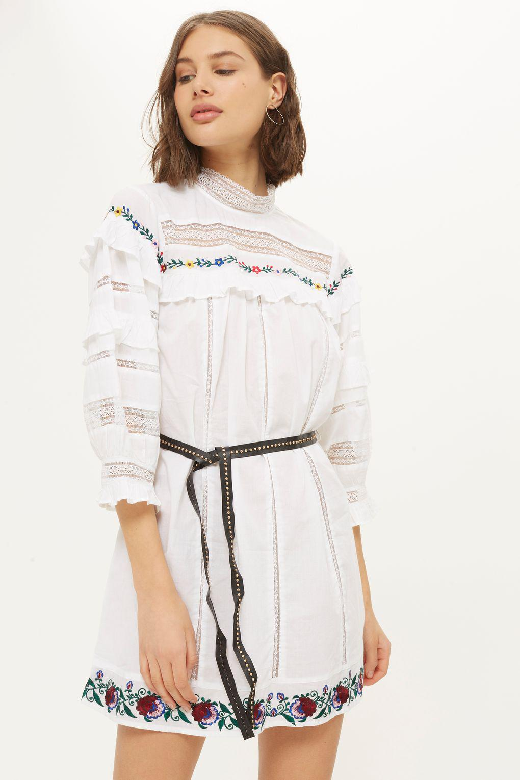 f3e2671f74e TOPSHOP Embroidered Balloon Smock Dress in White - Lyst