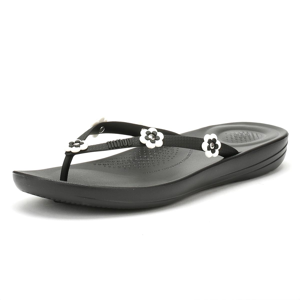 8576601ed0cf Lyst - Fitflop Womens Flower Black Iqushion Ergonomic Flip Flops in ...