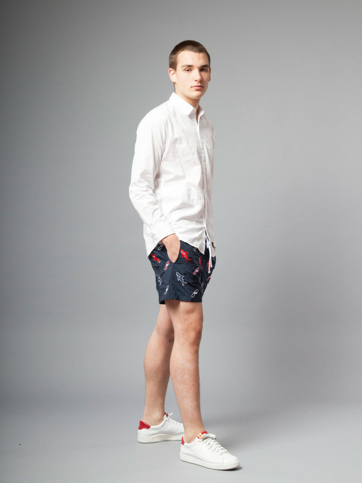 689b991fec Lyst - Thom Browne Classic Swim Trunk (shark & Surfboard Embroidery ...