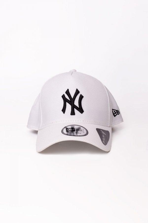 c68cdffb34e KTZ - White Ny Yankees Diamond A-frame Trucker Cap for Men - Lyst. View  fullscreen