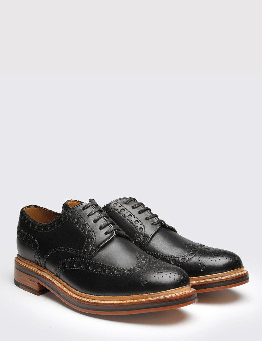 52437e27e0 Grenson Black Leather Archie Brogues in Black for Men - Save 10% - Lyst