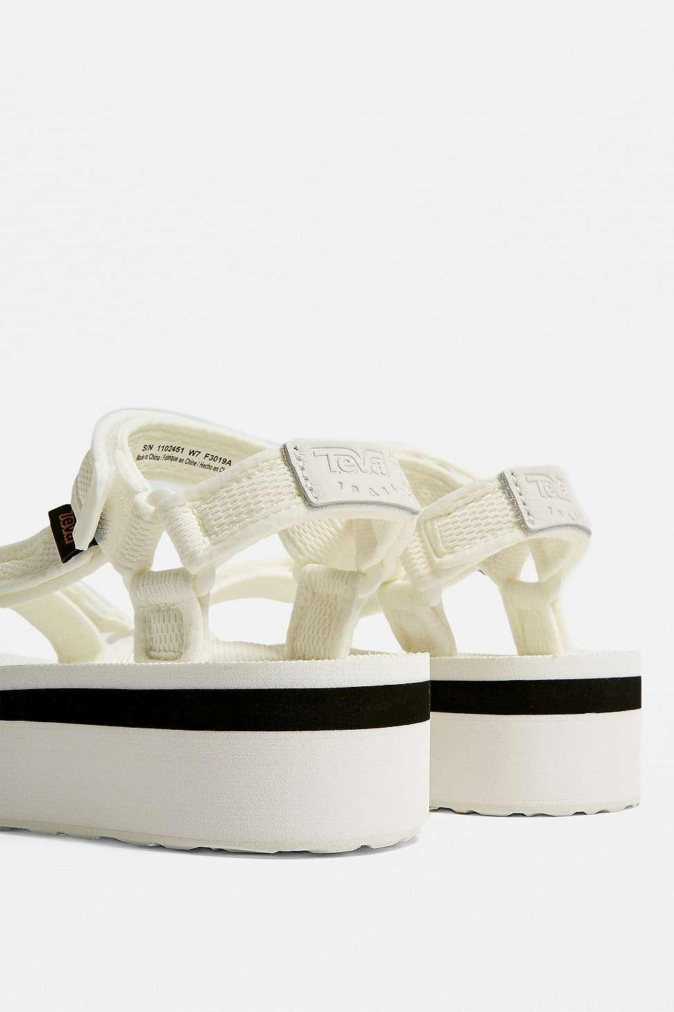 c9ff3a93d44 Teva Universal White Mesh Flatform Sandals in White - Lyst