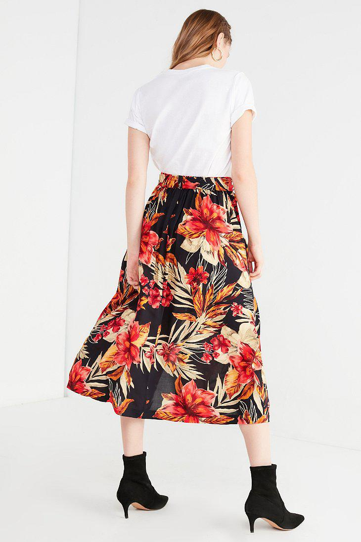 47db6950c9 Urban Outfitters Uo Tie-belt Tropical Midi Skirt in Red - Lyst