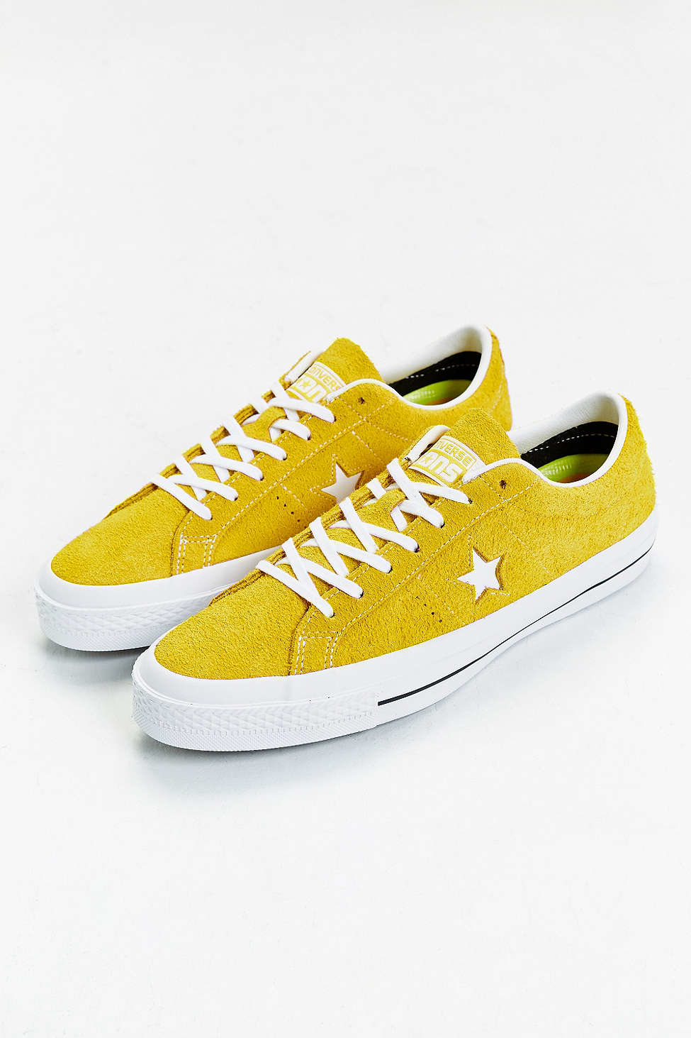 11a5f4510b5 Gallery. Previously sold at  Urban Outfitters · Men s Converse All Star ...