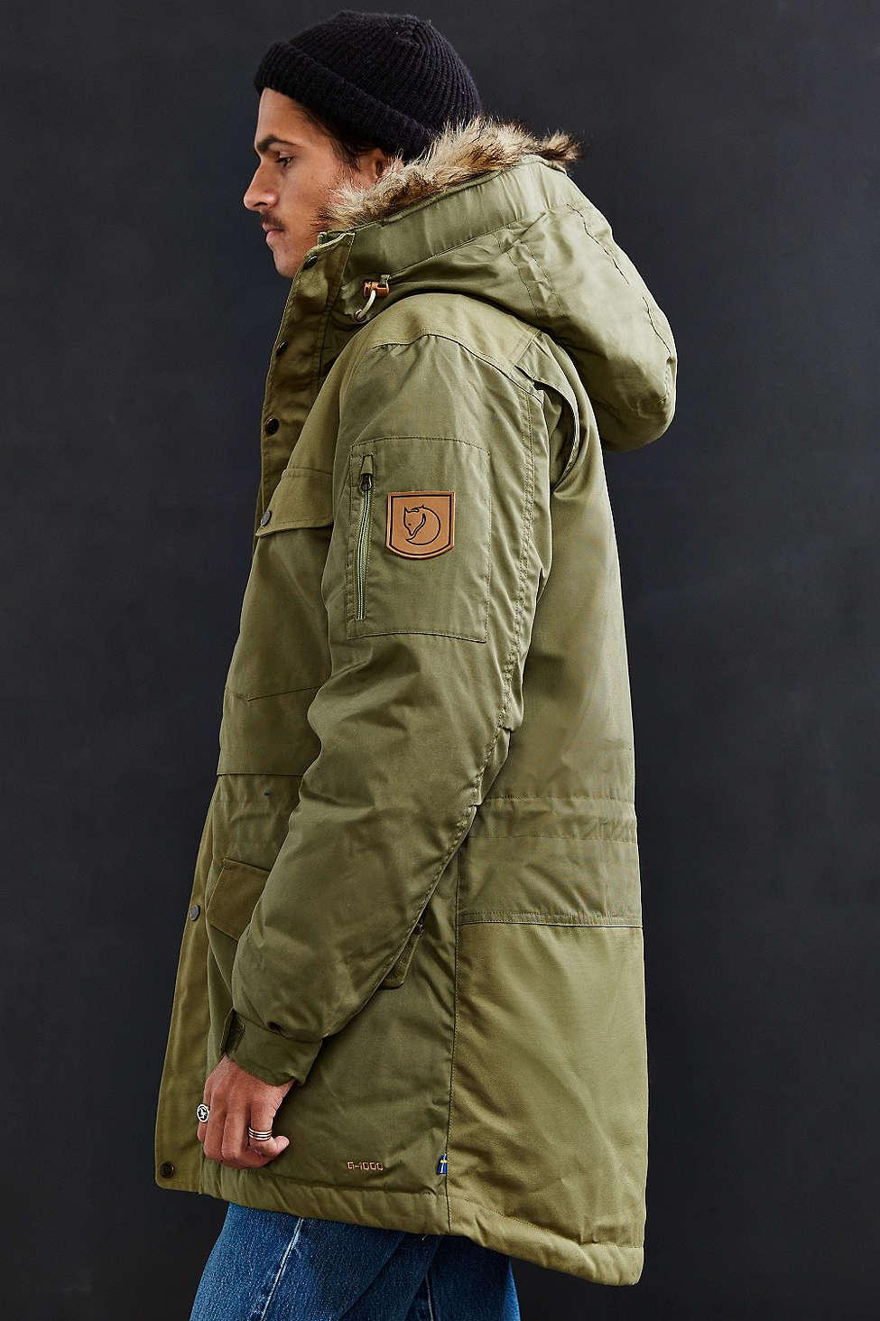 cc2e7c8fd13 Gallery. Previously sold at  Urban Outfitters · Men s Print Jackets ...