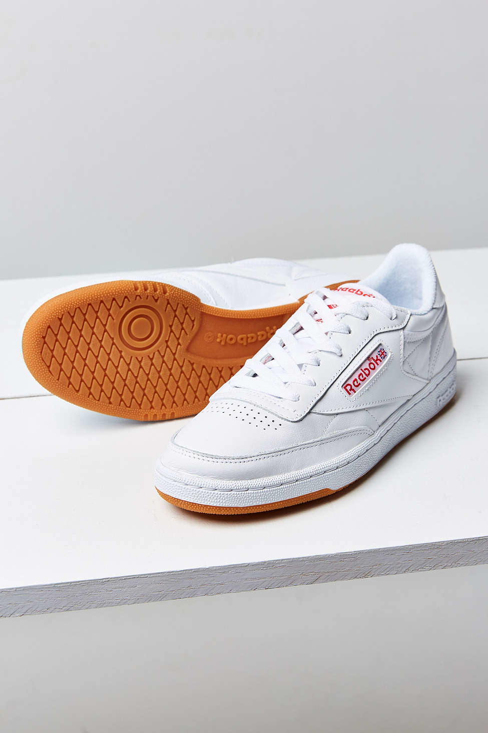 d52ab38ba3ba Gallery. Previously sold at  Urban Outfitters · Women s Reebok ...