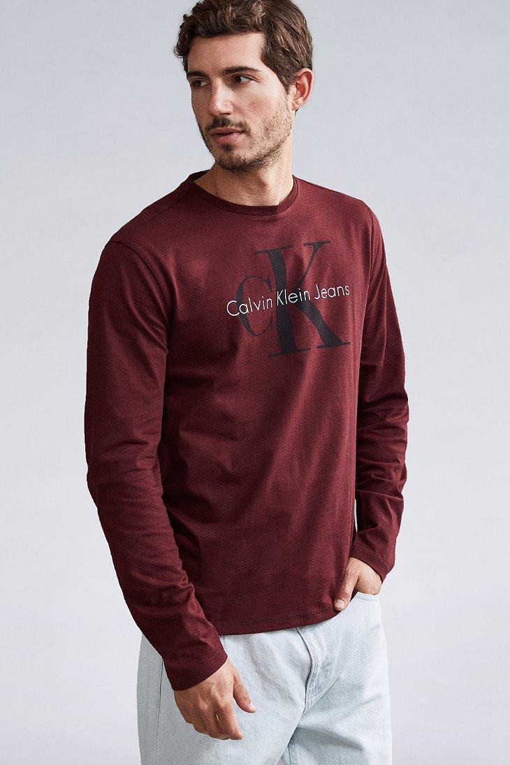 Calvin Klein Jeans | Calvin Klein Jeans T-Shirt With Re-Issue Box Logo  ZDXCSDW