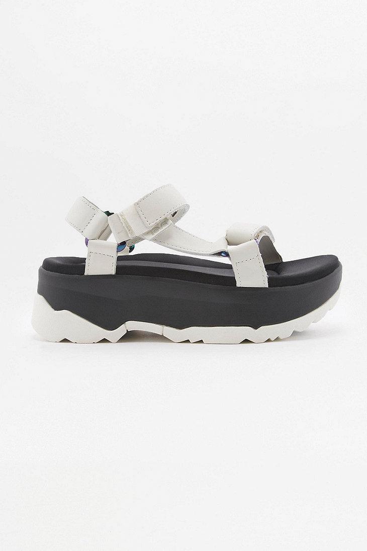 a70517ab311 Teva Zamora White Platform Sandals in White - Lyst